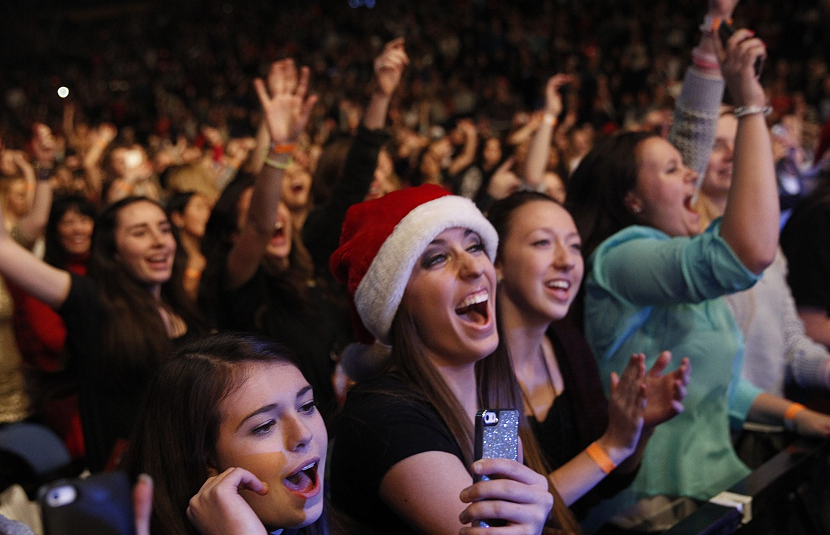 Fans packed in KeyBank Center for the 2016 version of the annual Kissmas Bash concert. (Sharon Cantillon/Buffalo News file photo)
