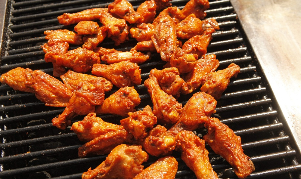 The WNY wing eating team devoured 261 wings in 10 minutes. (Derek Gee/Buffalo News file photo)
