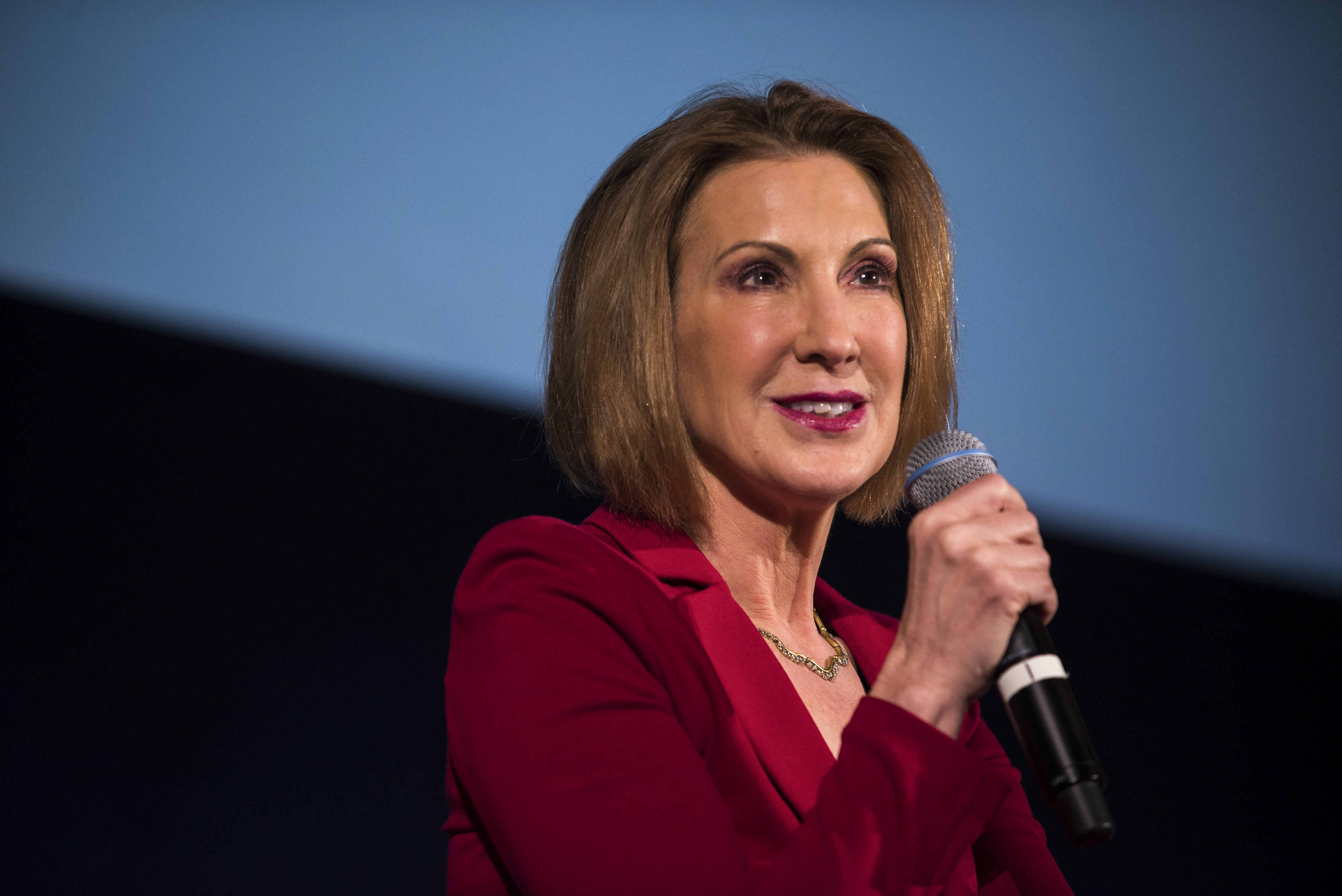 Carly Fiorina, former chief executive of Hewlett-Packard, will seek the GOP nomination for president in 2016. (New York Times)
