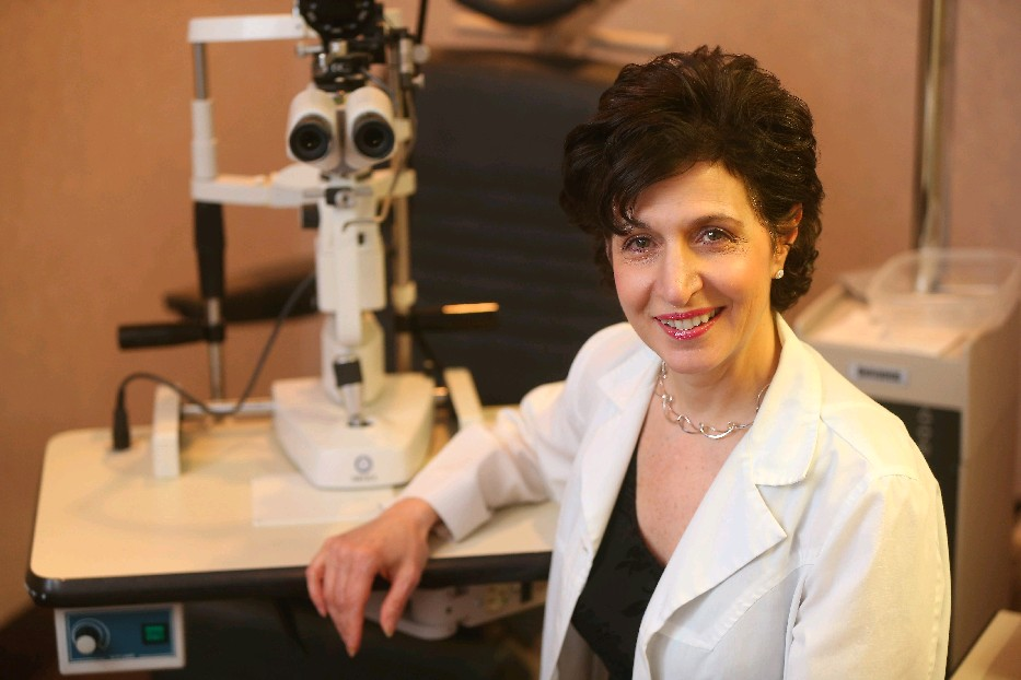 Dr. Saralyn Notaro Rietz urges Type 2 diabetics to see a retinal specialist shortly after they are diagnosed. (Mark Mulivlle/Buffalo News)