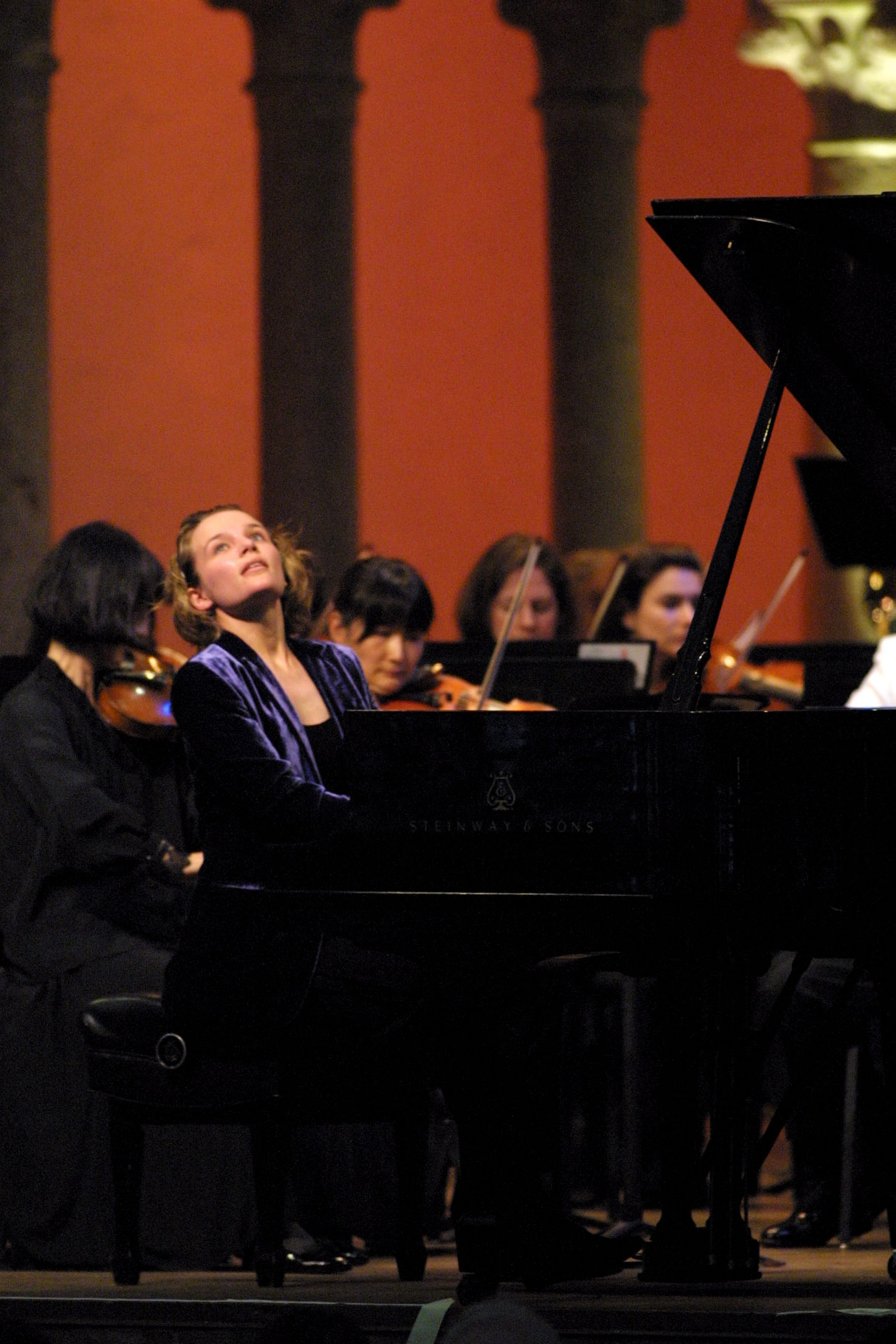 "Pianist Helene Grimaud joins with mezzo-soprano Jennifer Larmore, narrating, on ""Mozart's Magical Night."""