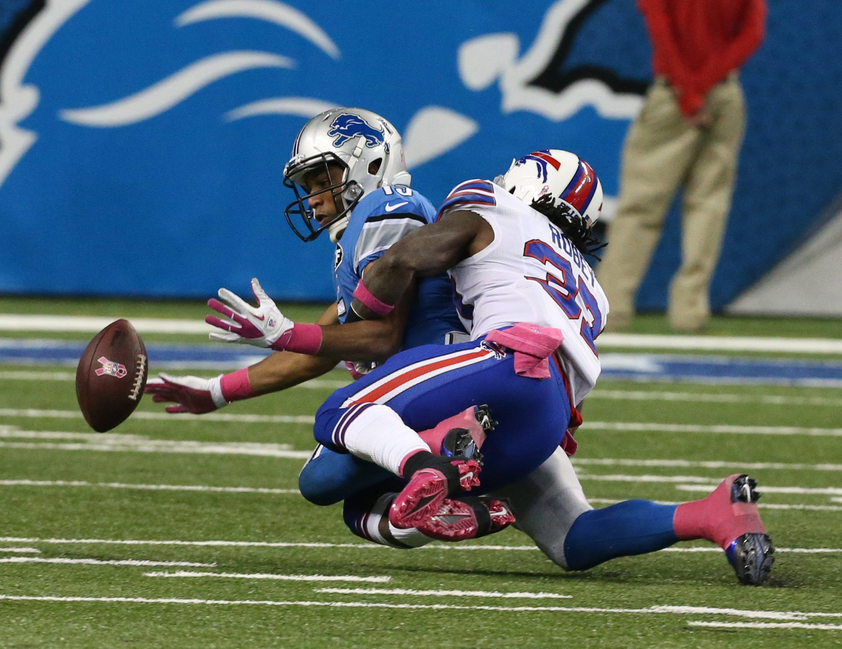 Bills defensive back Nickell Robey has been inspired by memories of his late mother to play with fearlessness in the NFL.