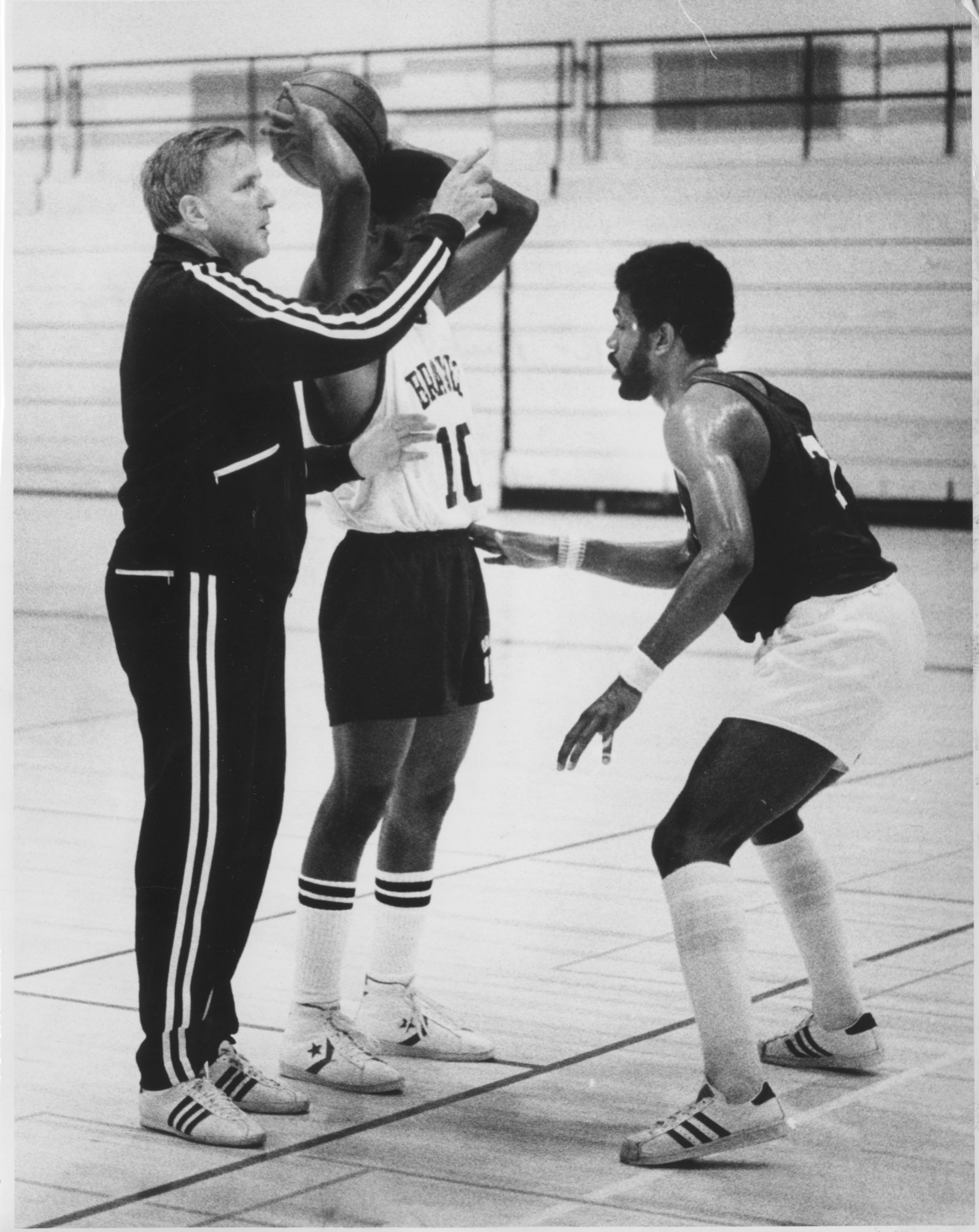 One of Bob MacKinnon's coaching stops was with the Buffalo Braves in 1977. He also served as the NBA team's GM.