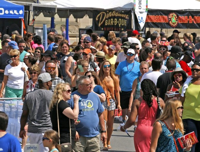 The high temperatures for this year's Taste of Buffalo weekend were 80 and 83 degrees, respectively. (Robert Kirkham/Buffalo News)