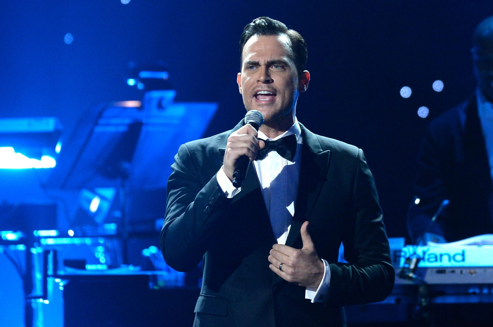 Cheyenne Jackson, performing here at Grammy Awards, appeared with the Buffalo Philharmonic in Kleinhans Music Hall on Saturday night.