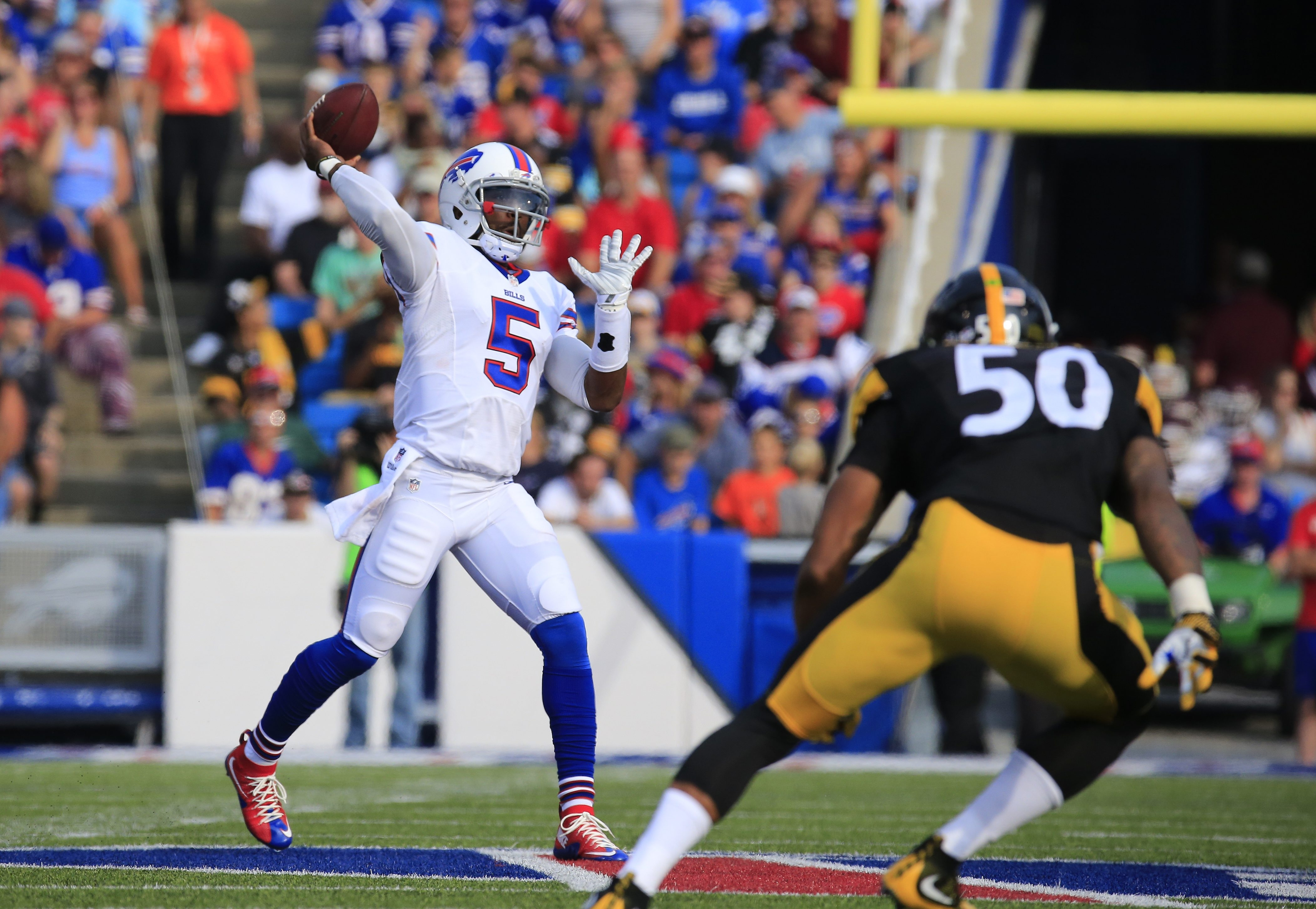 Buffalo has always rooted for small-sized, running quarterbacks, and Tyrod Taylor is one of those.