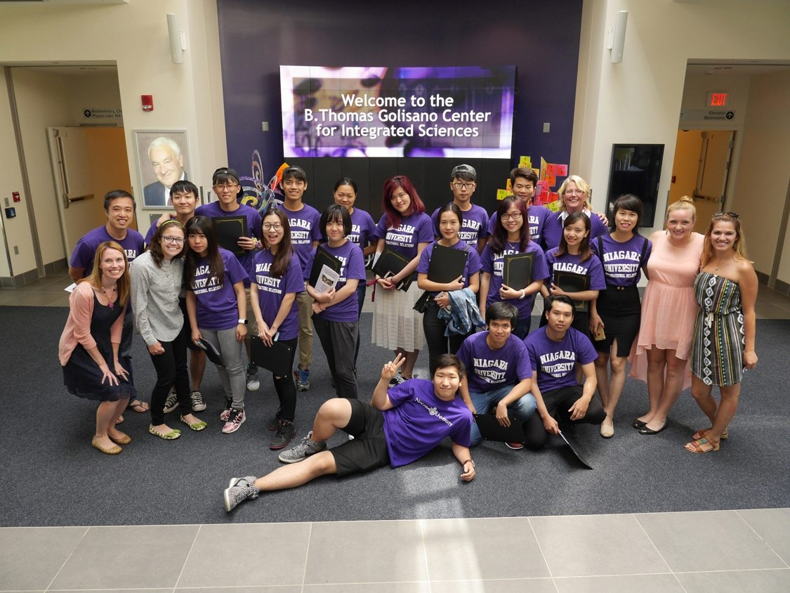 International students learned English and American culture at Niagara University.