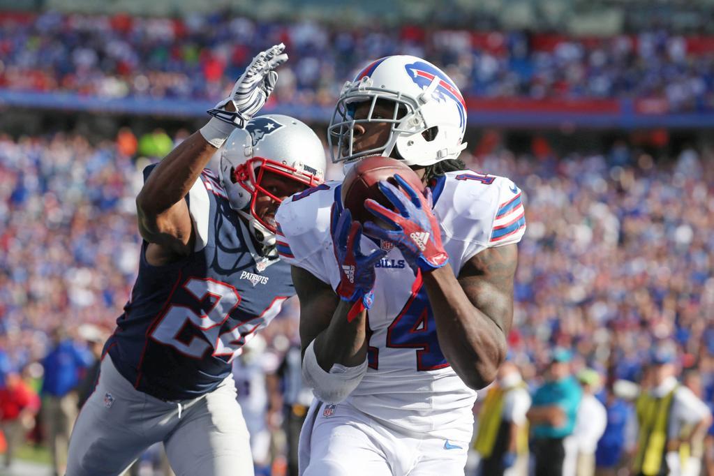 Sammy Watkins reels in his 24-yard fourth-quarter touchdown. (James P. McCoy/Buffalo News)