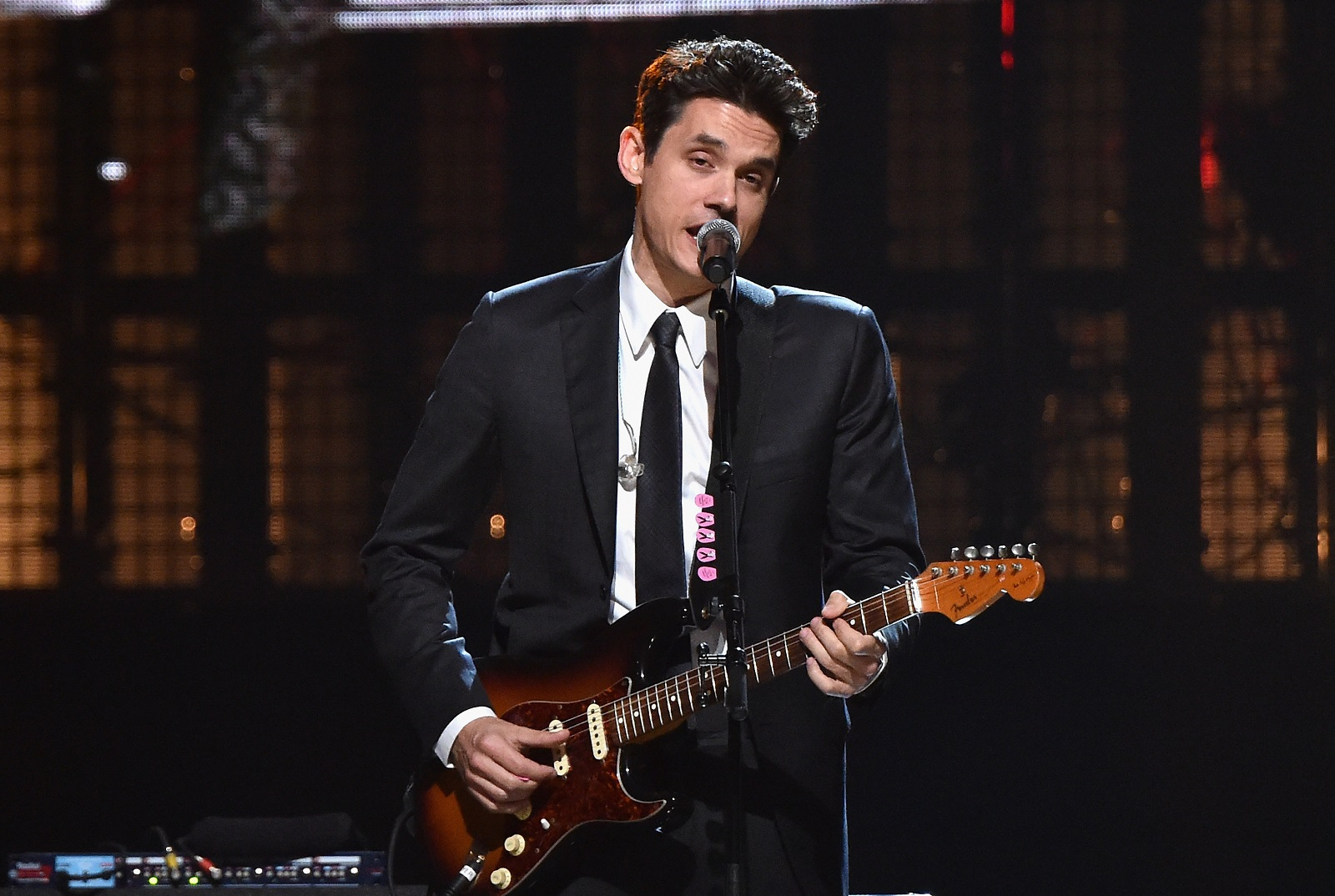 John Mayer will return to the Darien Lake Performing Arts Center in August 2017. (Getty Images)