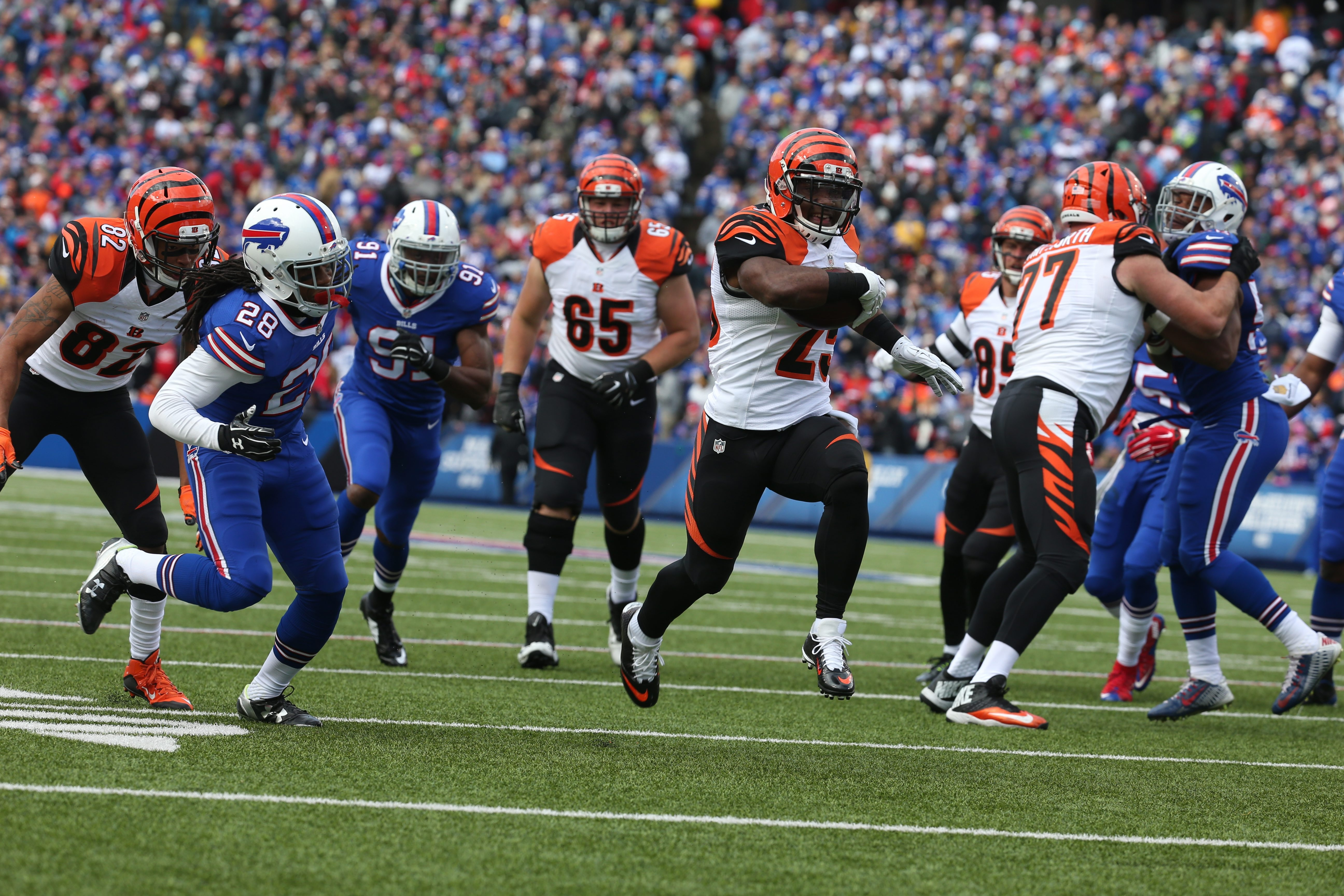 Bengals running back Giovani Bernard races through open space for a 17-yard touchdown in the first half.  Bernard and Jeremy Hill combined for 106 rushing yards.
