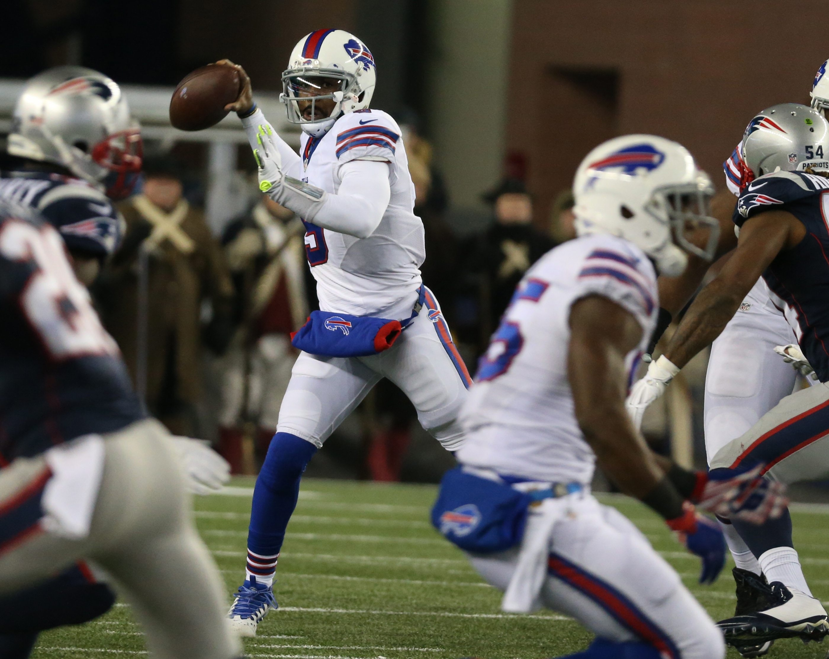Buffalo Bills quarterback Tyrod Taylor (5) throws a pass in the second quarter at Gillette Stadium in Foxboro, Mass. on Monday, Nov. 23, 2015.  (James P. McCoy/ Buffalo News)