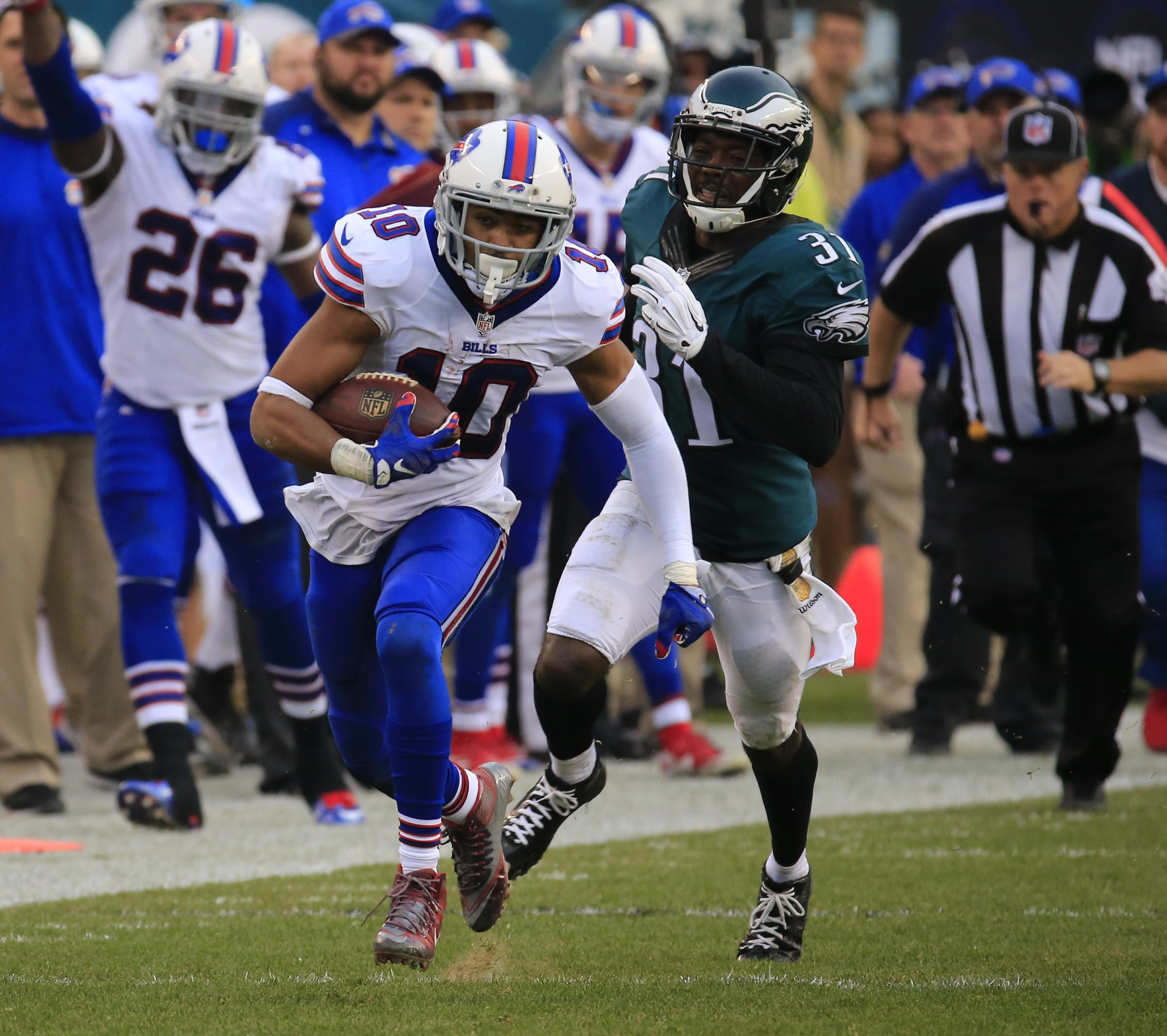 Robert Woods had his first 100-yard game in more than a year against the Eagles. (Harry Scull Jr./Buffalo News)