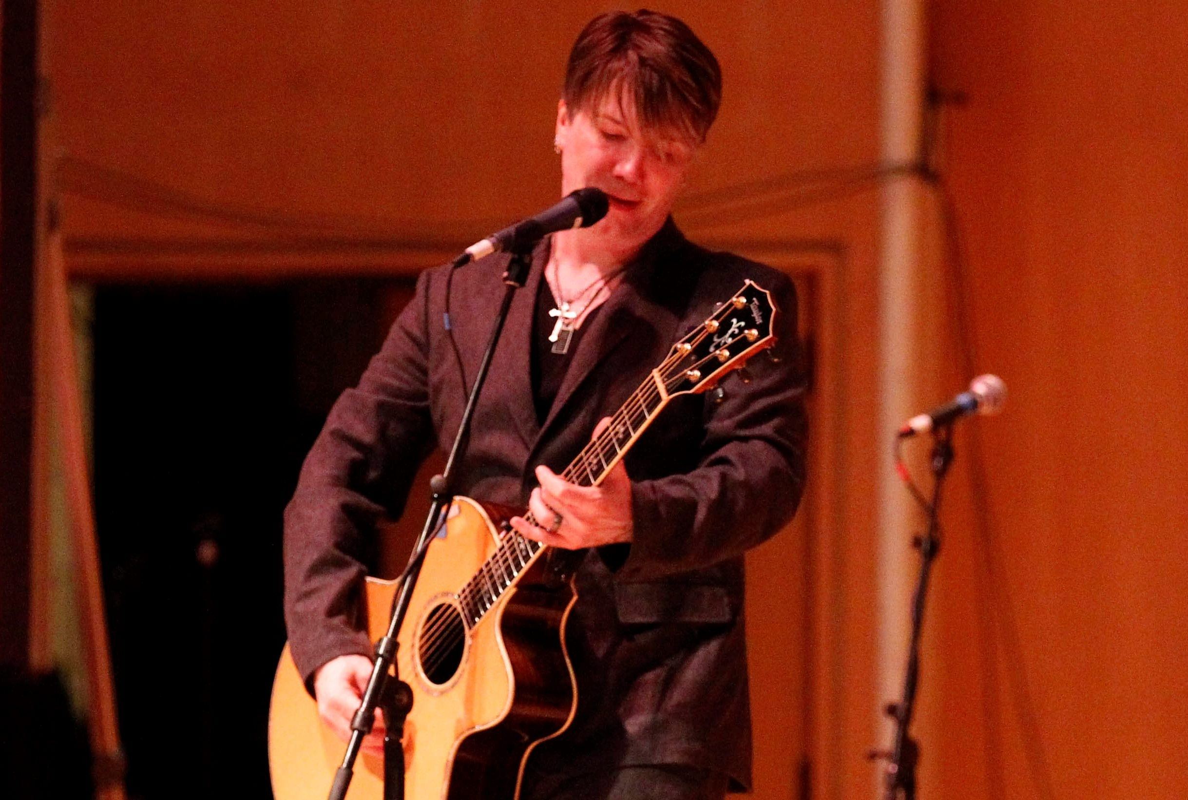 John Rzeznik of the Goo Goo Dolls will perform two shows with Daryl Hall of Hall & Oates in March. (Buffalo News file photo)