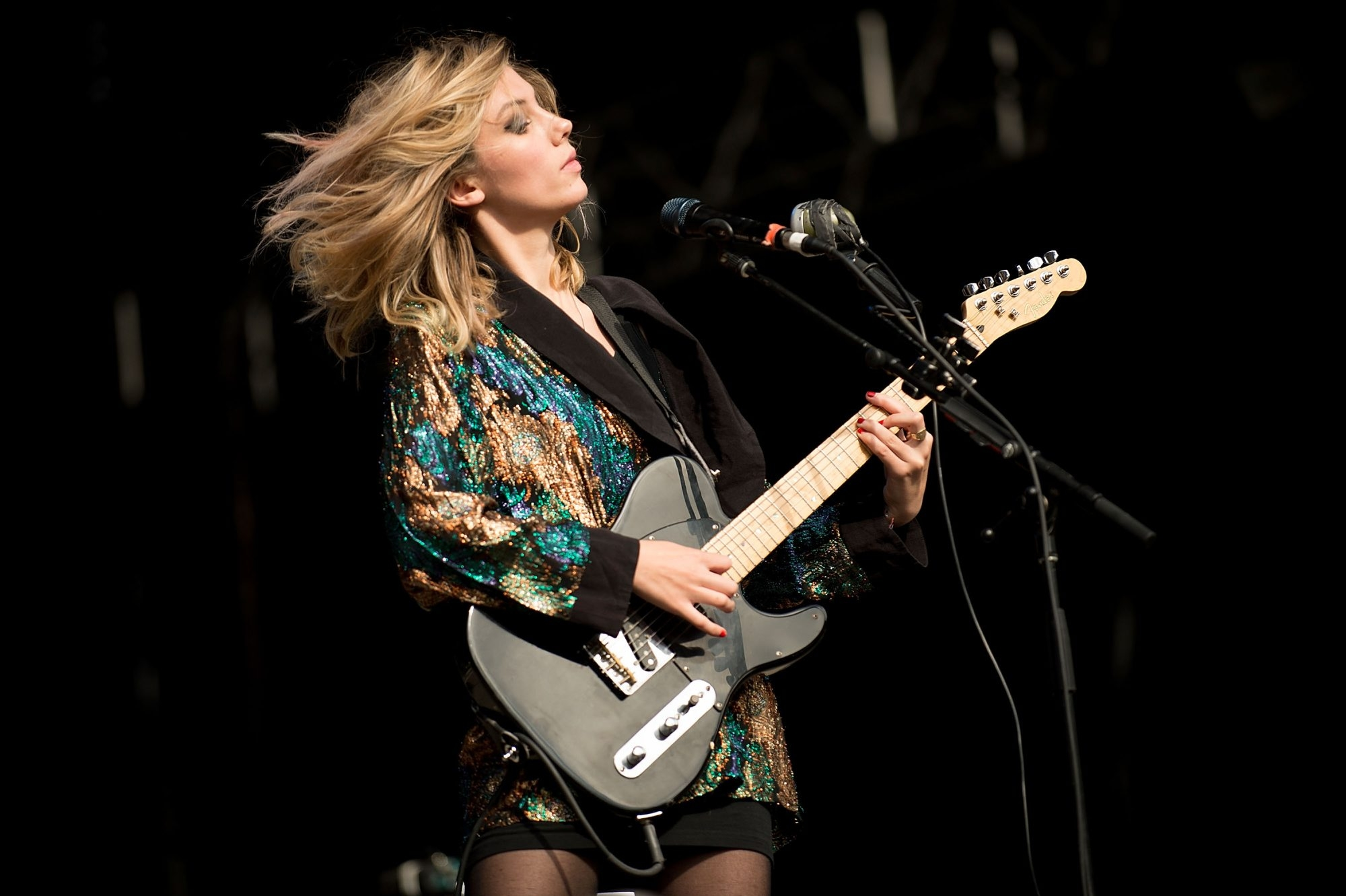 Ellie Rowsell and the band Wolf Alice will perform at Kerfuffle Before Christmas at the First Niagara Center. (Getty Images)