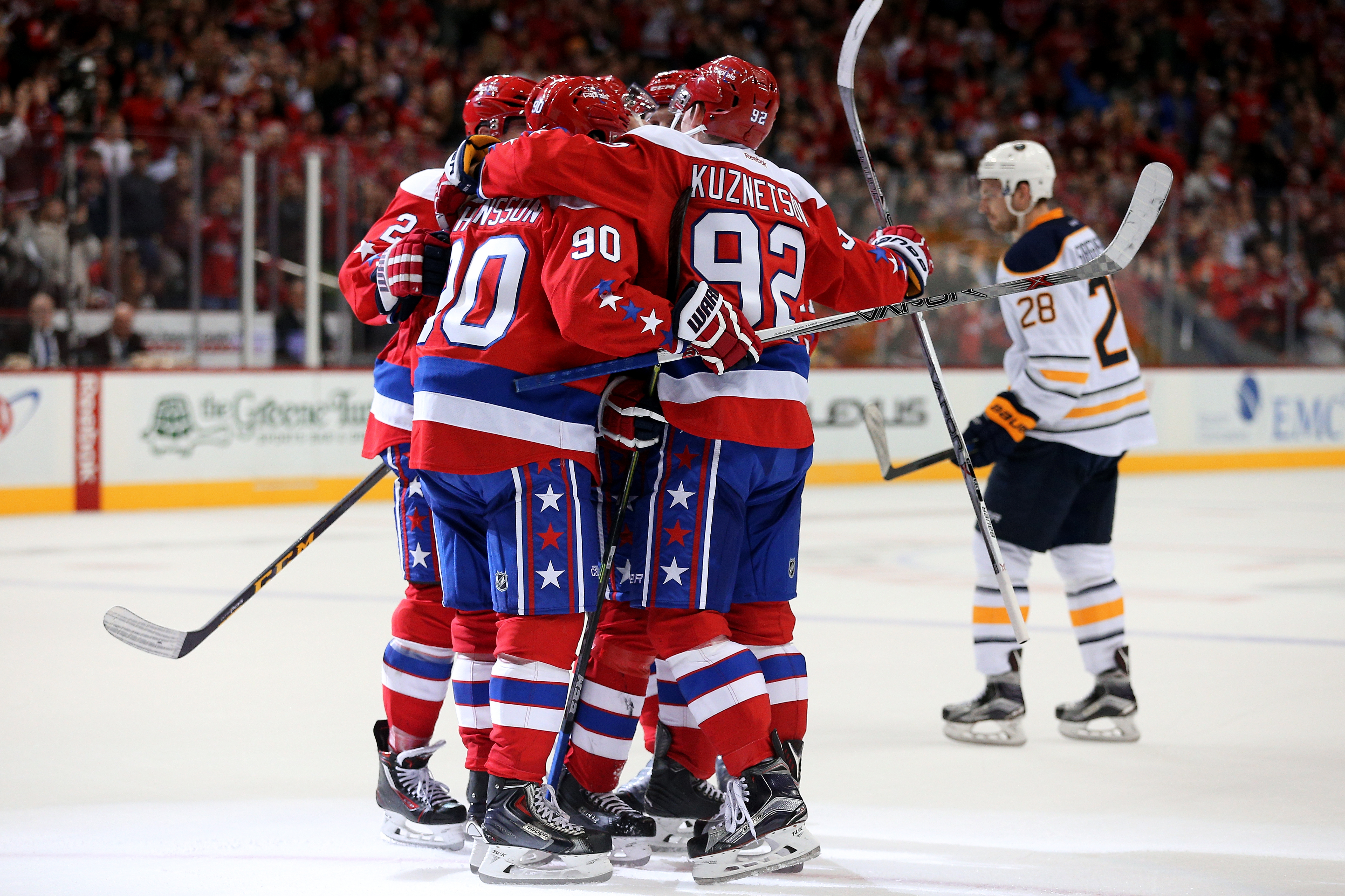 Justin Williams celebrates his second-period goal with his Washington teammates as the Capitals beat the Sabres for the second time in three days.
