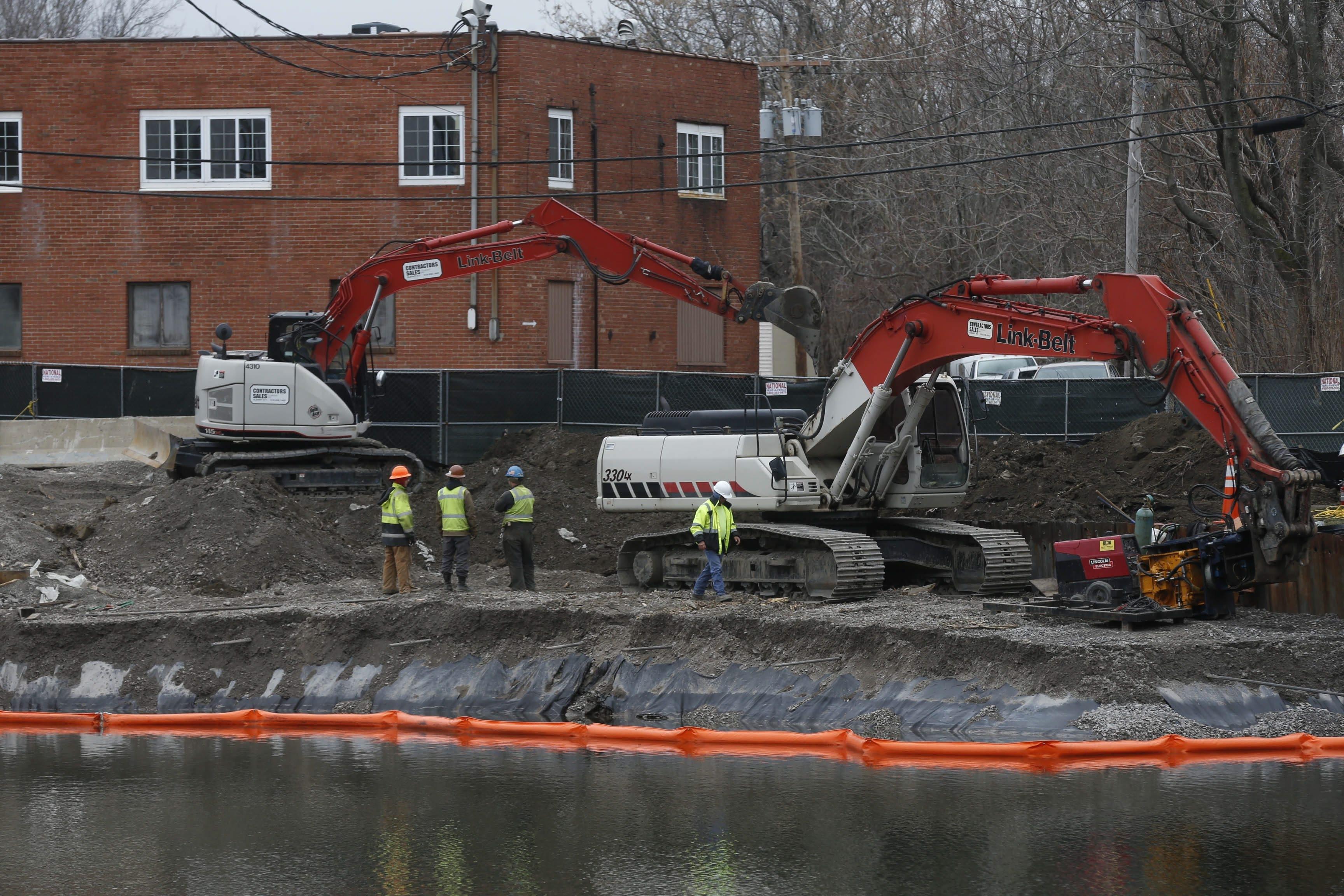 Remediation work continued last week along the shore of Tonawanda Creek in the Gastown neighborhood.