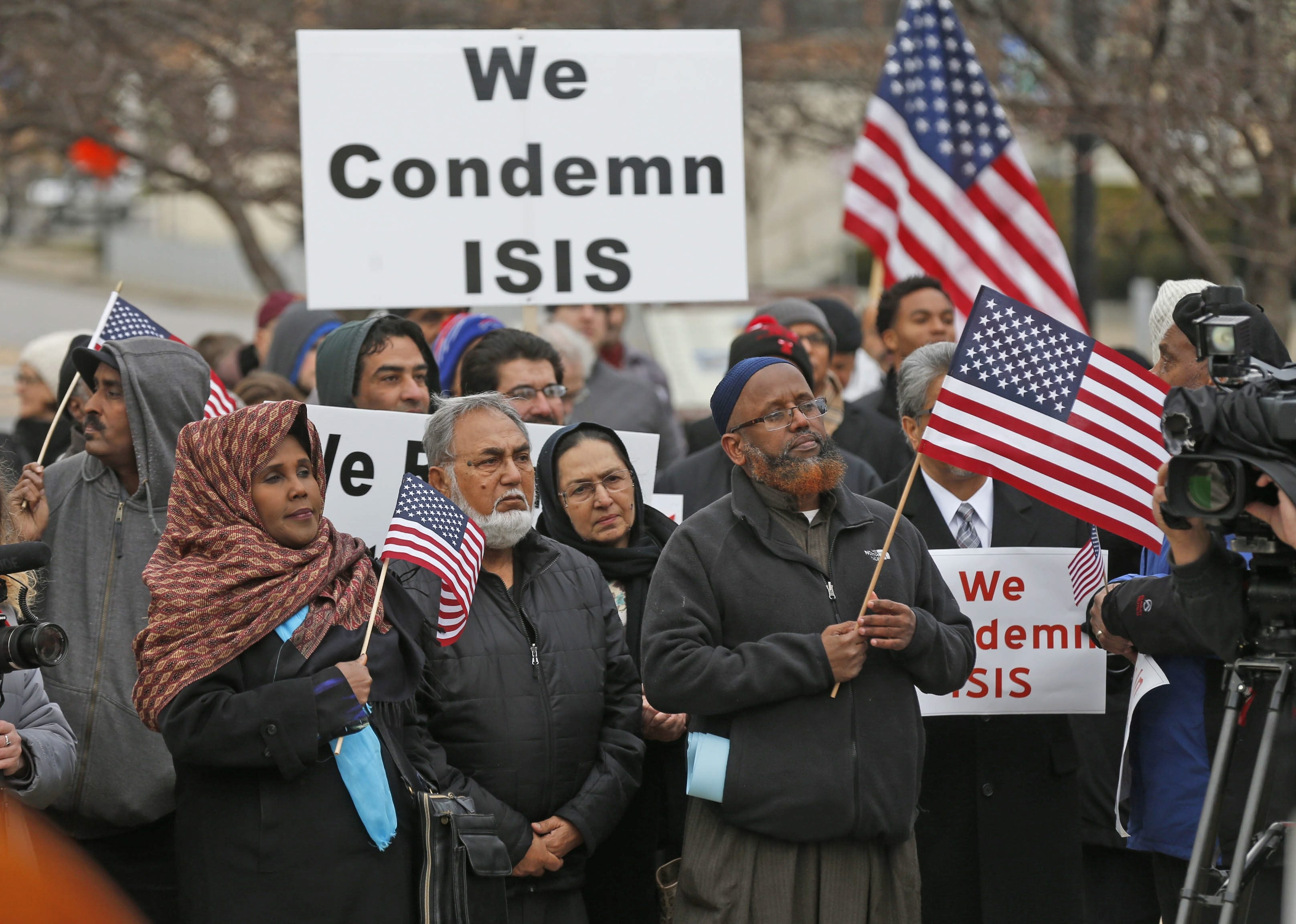 Hundreds of area residents rallied Thursday in Niagara Square against calls to ban refugees and Muslim immigrants from entering the U.S. Meanwhile, Erie County legislators held a hearing on resettlement efforts.