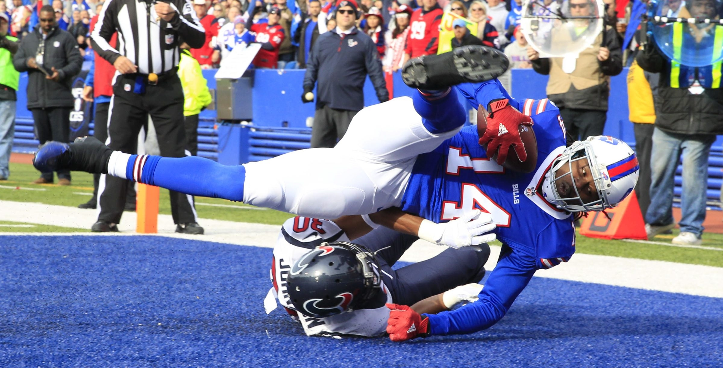 Buffalo Bills Sammy Watkins catches a touchdown against the  Houston Texans at Ralph Wilson Stadium on Sunday, Dec. 6, 2015.  (Harry Scull Jr./Buffalo News)