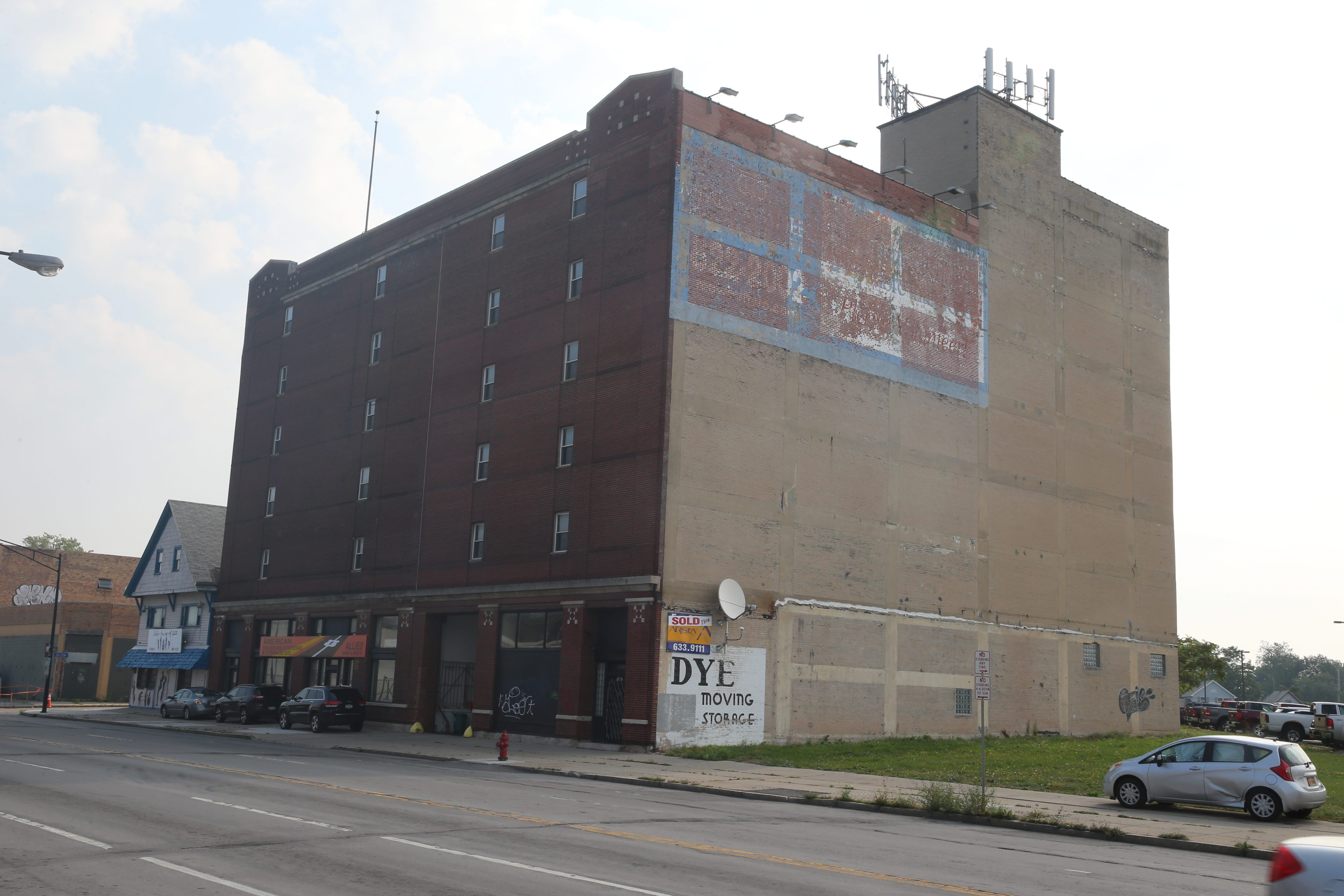 The Planning Board approved Sinatra & Company's plans for the former American Household warehouse at 1661 Main St. The conversion includes 55 apartments and commercial space.