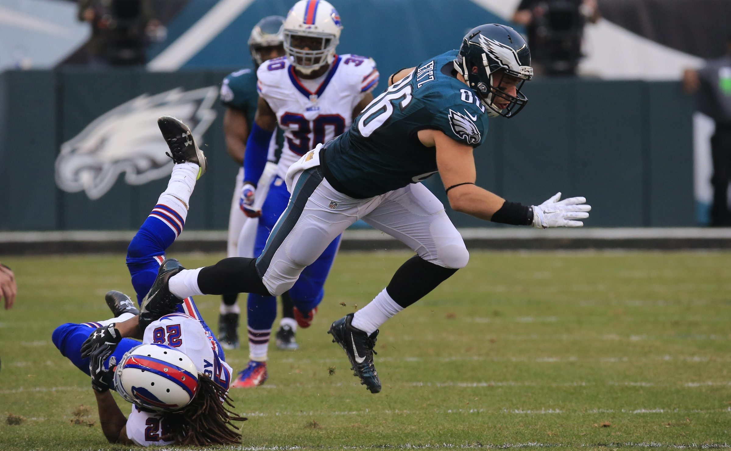 Zach Ertz of the Eagles pulls away from a fallen Bills cornerback Ronald Darby on a reception. Ertz led the Eagles in receiving with five catches for 98 yards.