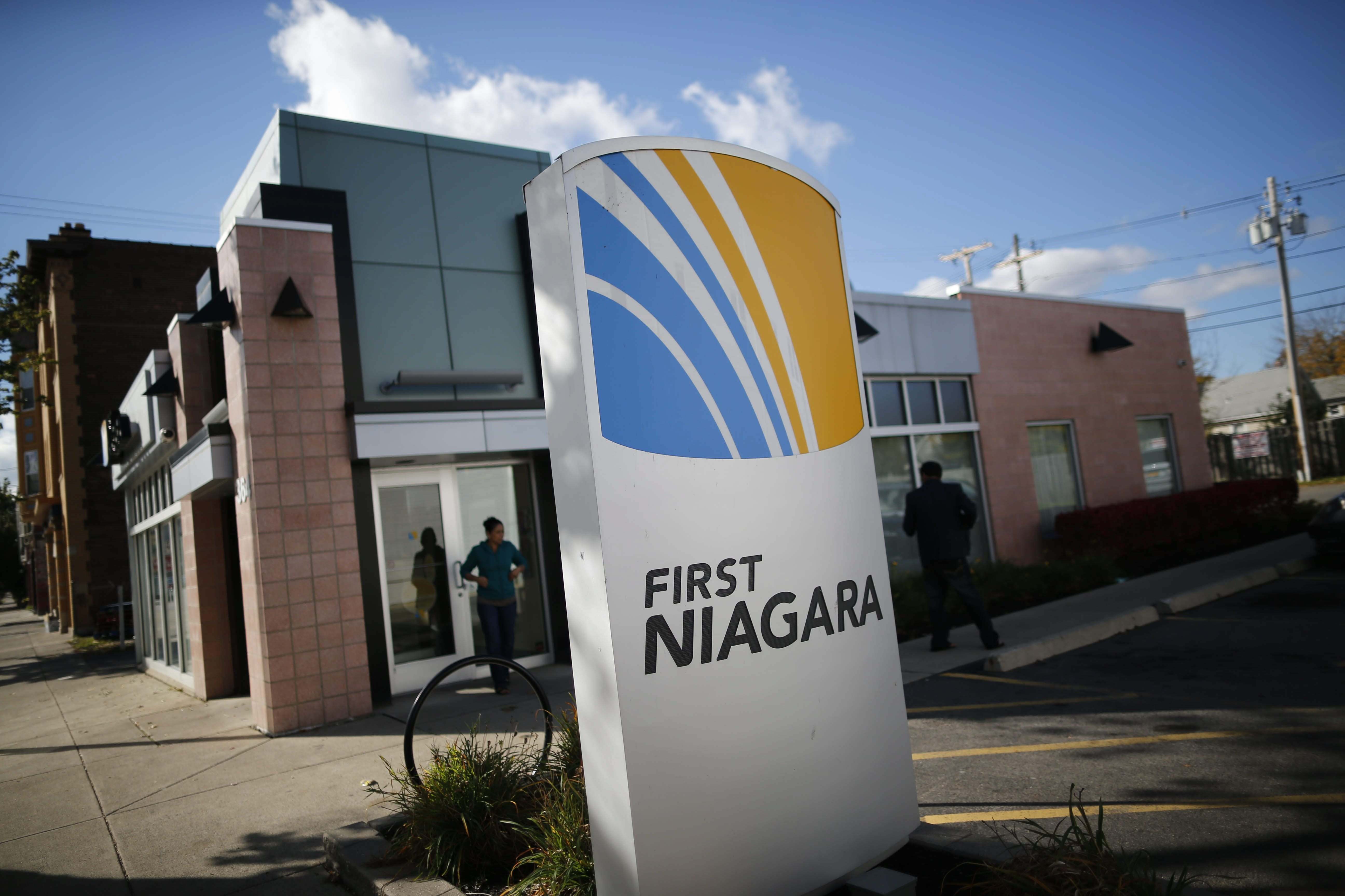 Documents show the First Niagara board drove the bank's sale, rather than a buyer pushing for a deal.
