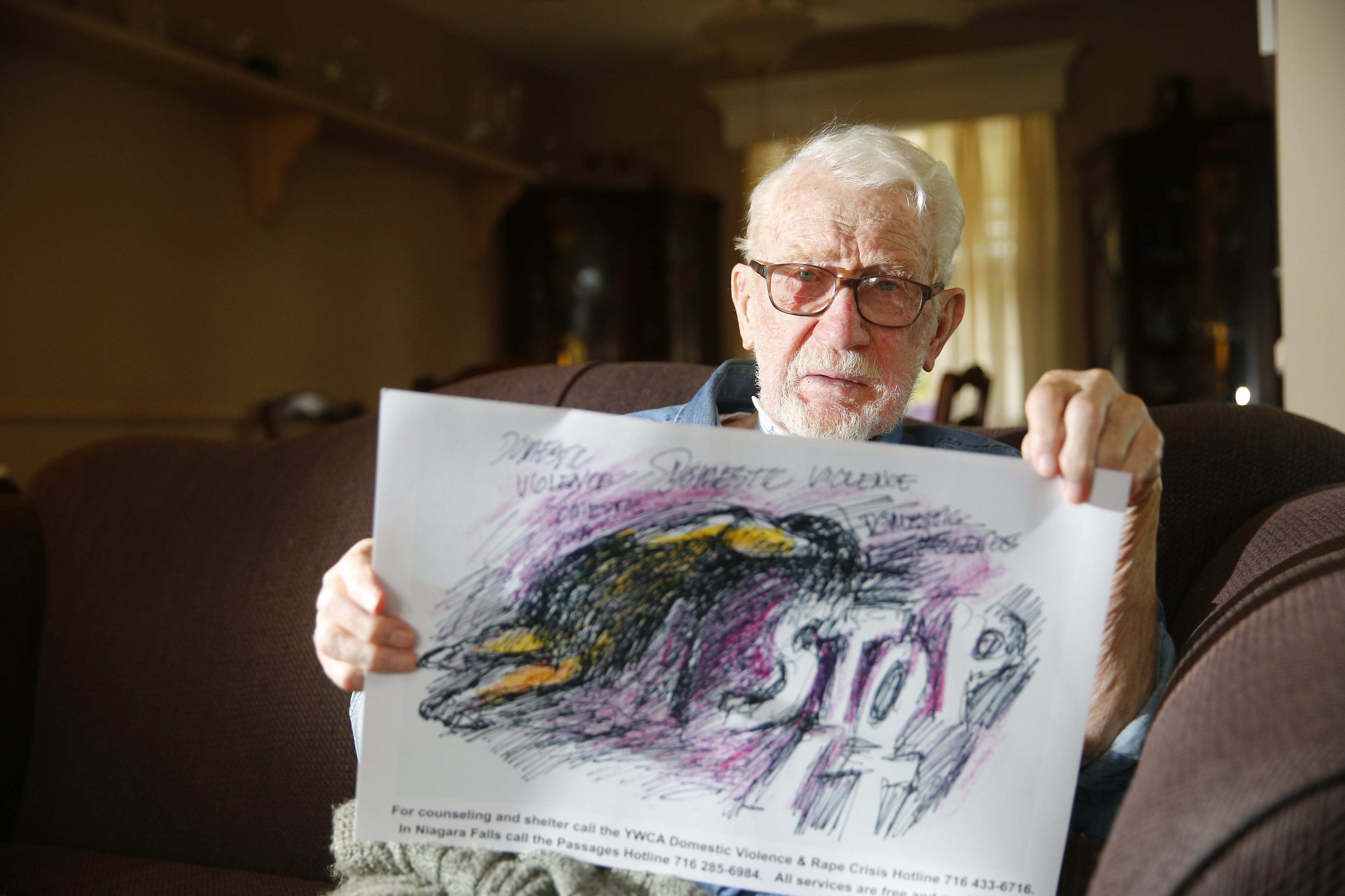 Lockport artist Joseph Whalen died Thursday after a long battle with cancer. He was 87. (John Hickey/Buffalo News file photo)