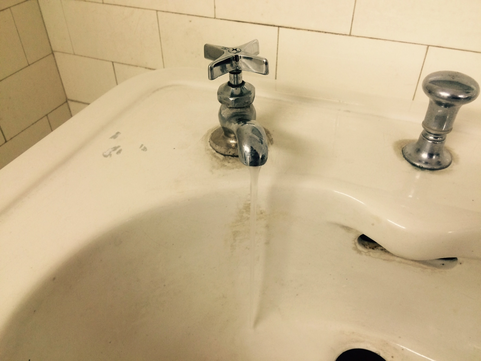 Water pressure in eastern Niagara County may drop Tuesday as valve ...
