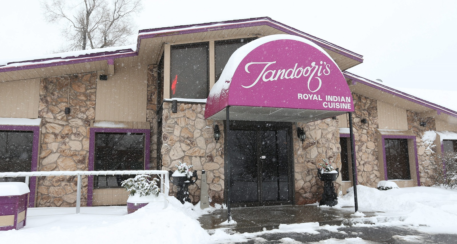 Tandoori's restaurant closing in Amherst after 25 years