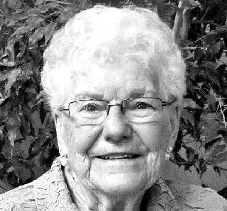 "PENFOLD, Doris Marie ""Dorie"" (Brown)"