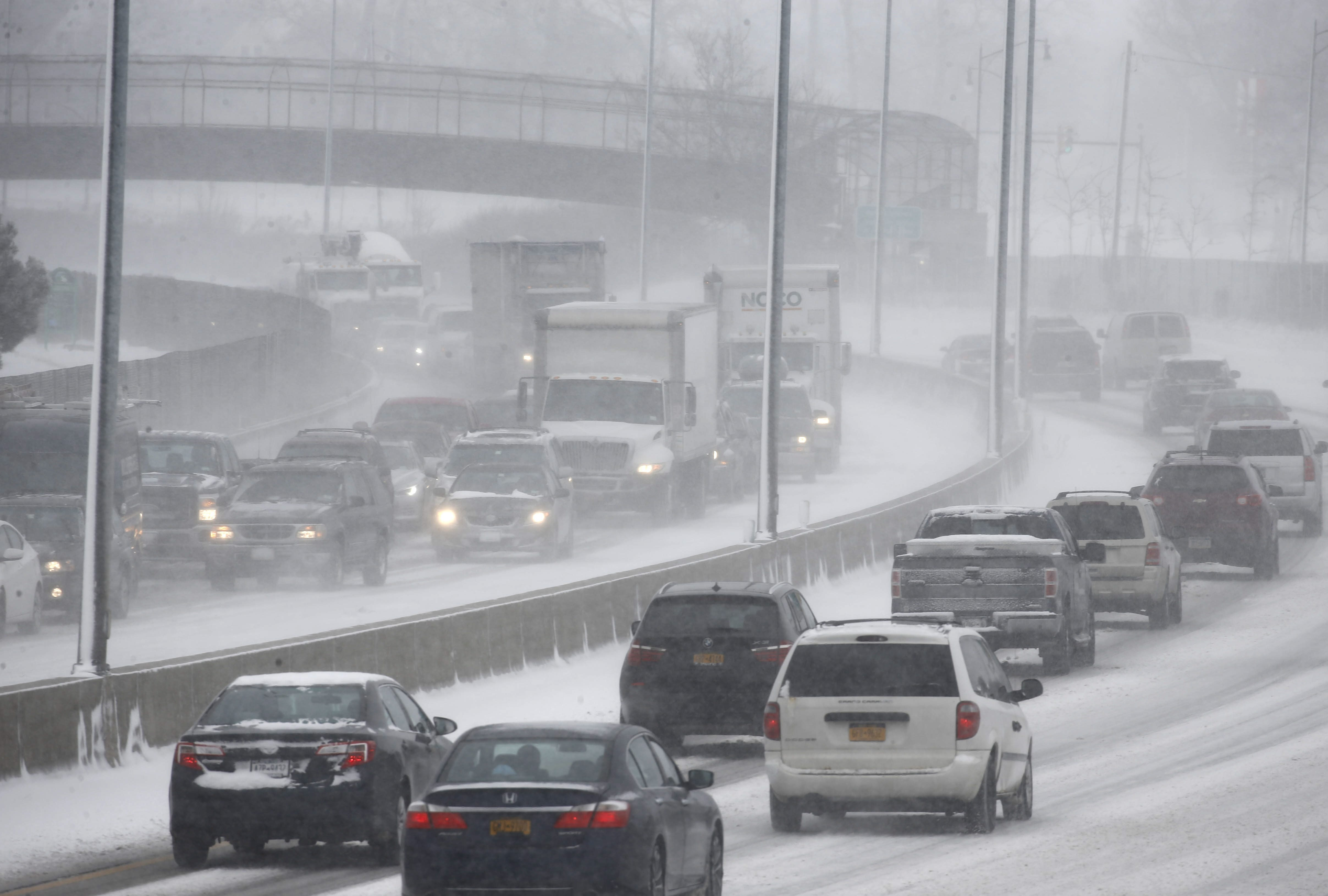 Traffic is expected to be slow Tuesday, similar to like it was last Friday, as heavy snow should blanket the area from early morning until the evening hours. (Derek Gee/Buffalo News)