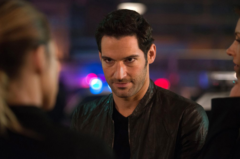 """Tom Ellis stars in """"Lucifer,"""" junk TV fantasy that likable."""
