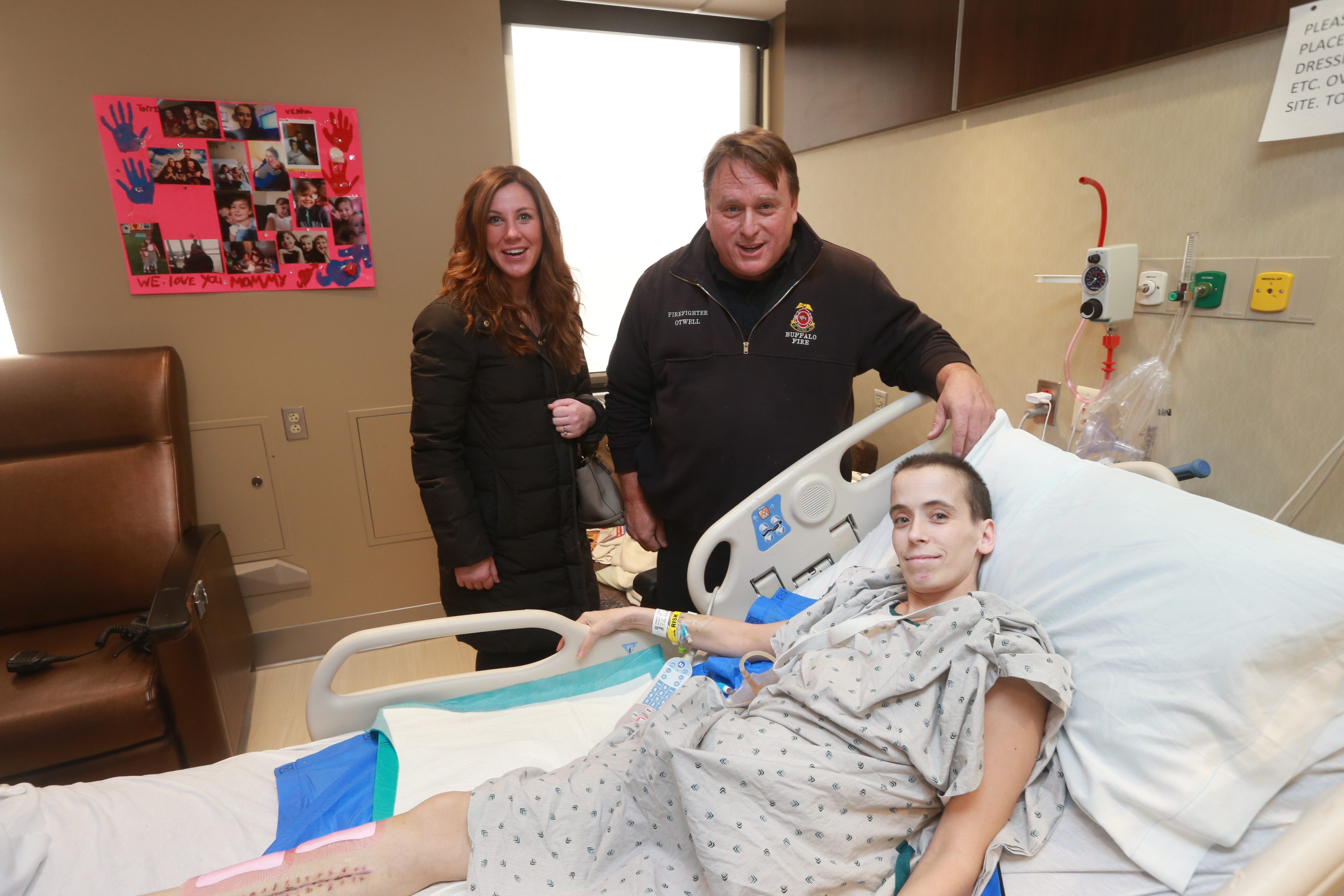 Seven weeks ago, Elizabeth Manna and Lt. James Otwell helped transport a severely injured Jessica Powers, 29, to the hospital.