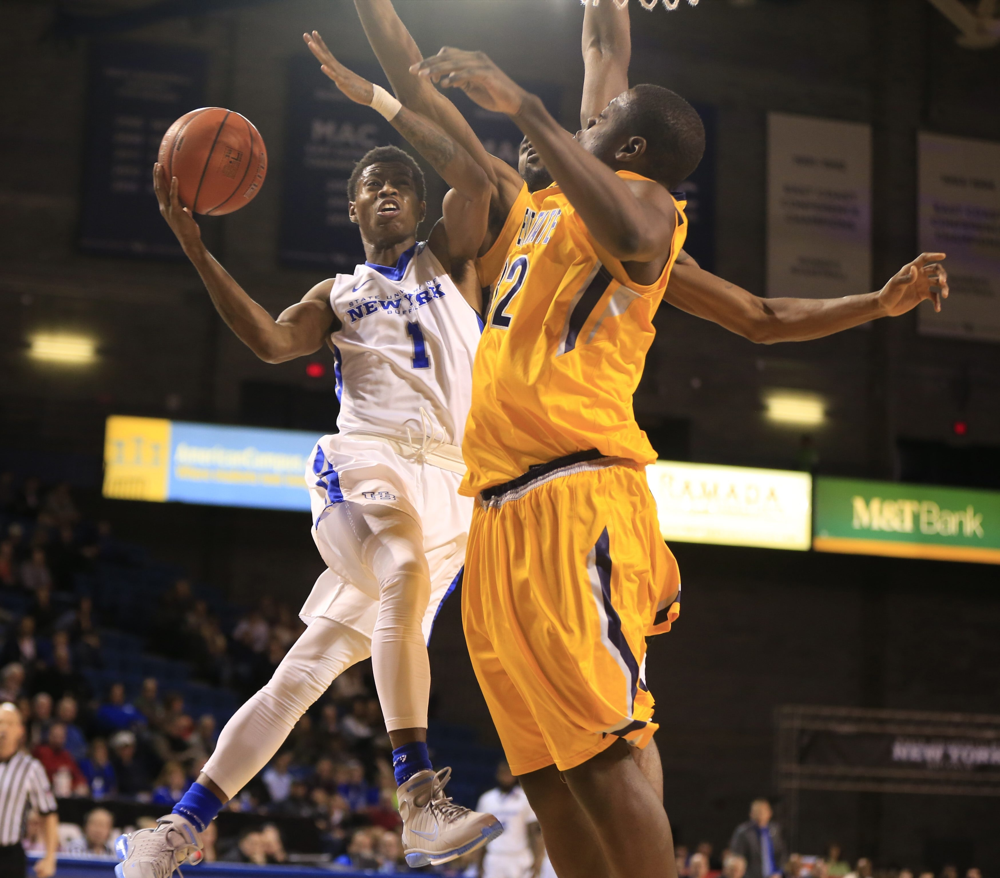 University at Buffalo's Lamonte Bearden drives to the basket against Kent State Tuesday at Alumni Arena.