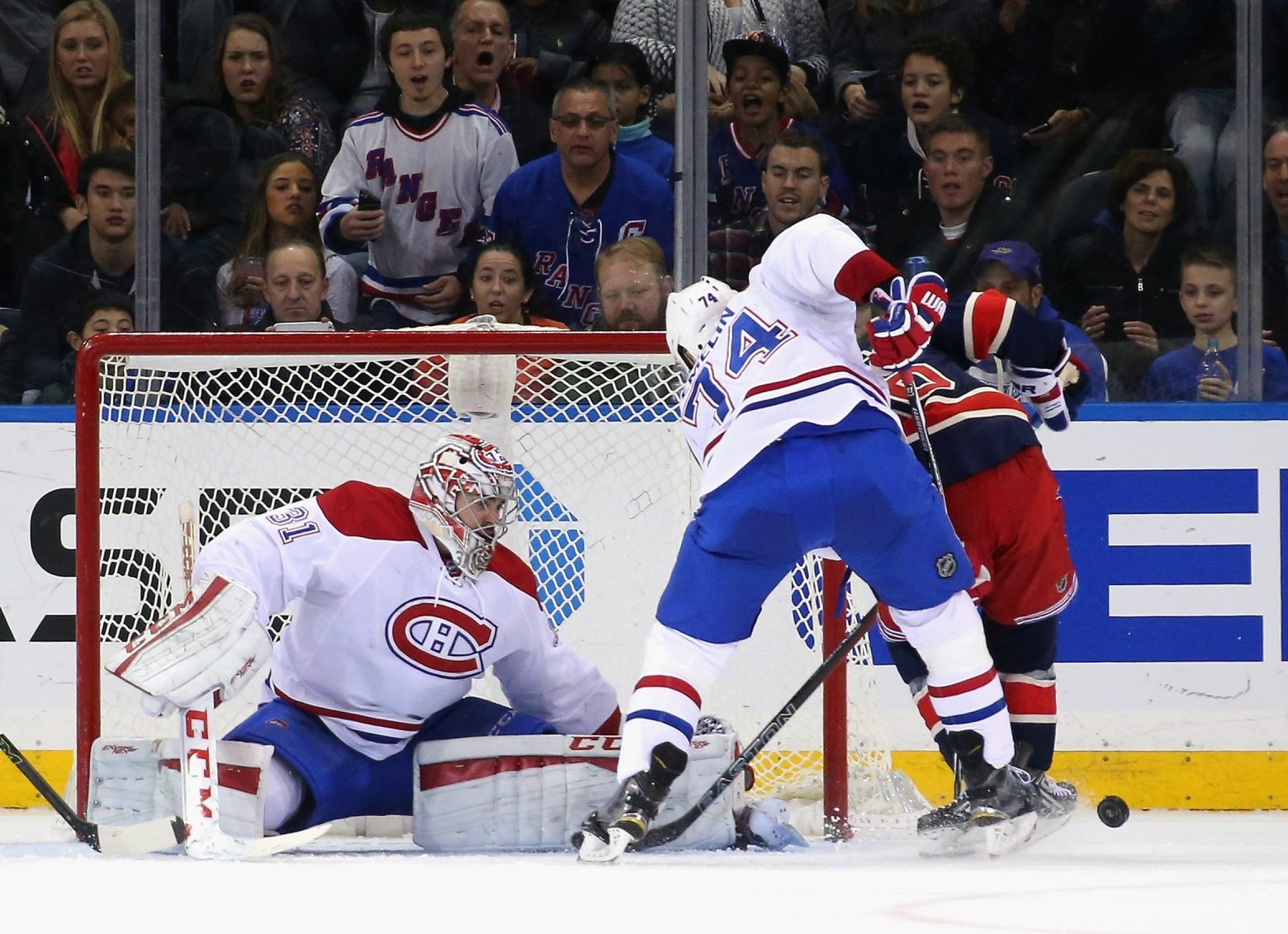 Carey Price remains out of the lineup for the Canadiens, and his return date remains unknown.