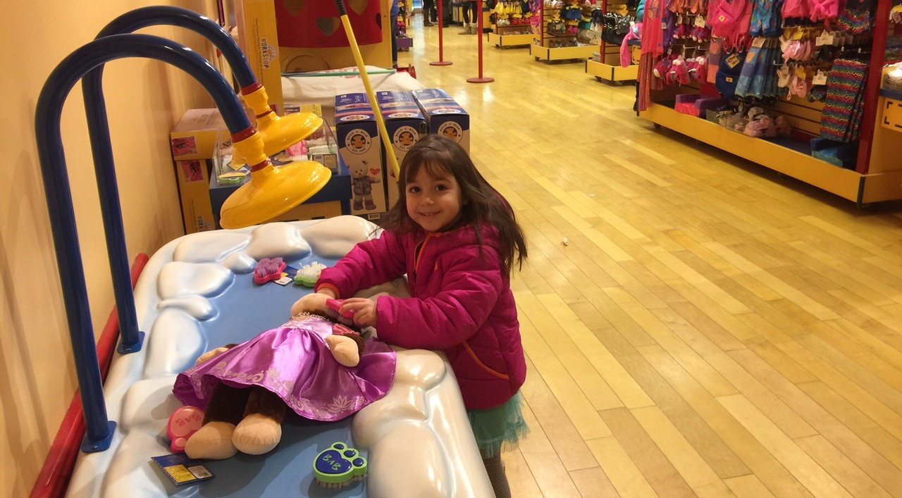 Kids have a ball making their own animals at Build-A-Bear workshop. (Mary Friona-Celani/Special to The News)