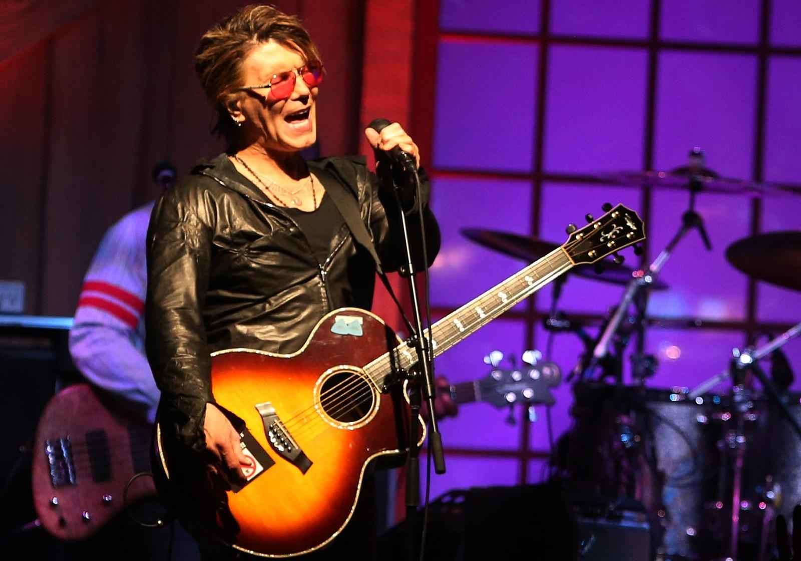 Goo Goo Dolls frontman John Rzeznik is preparing for fatherhood. (Sharon Cantillon/Buffalo News file photo)
