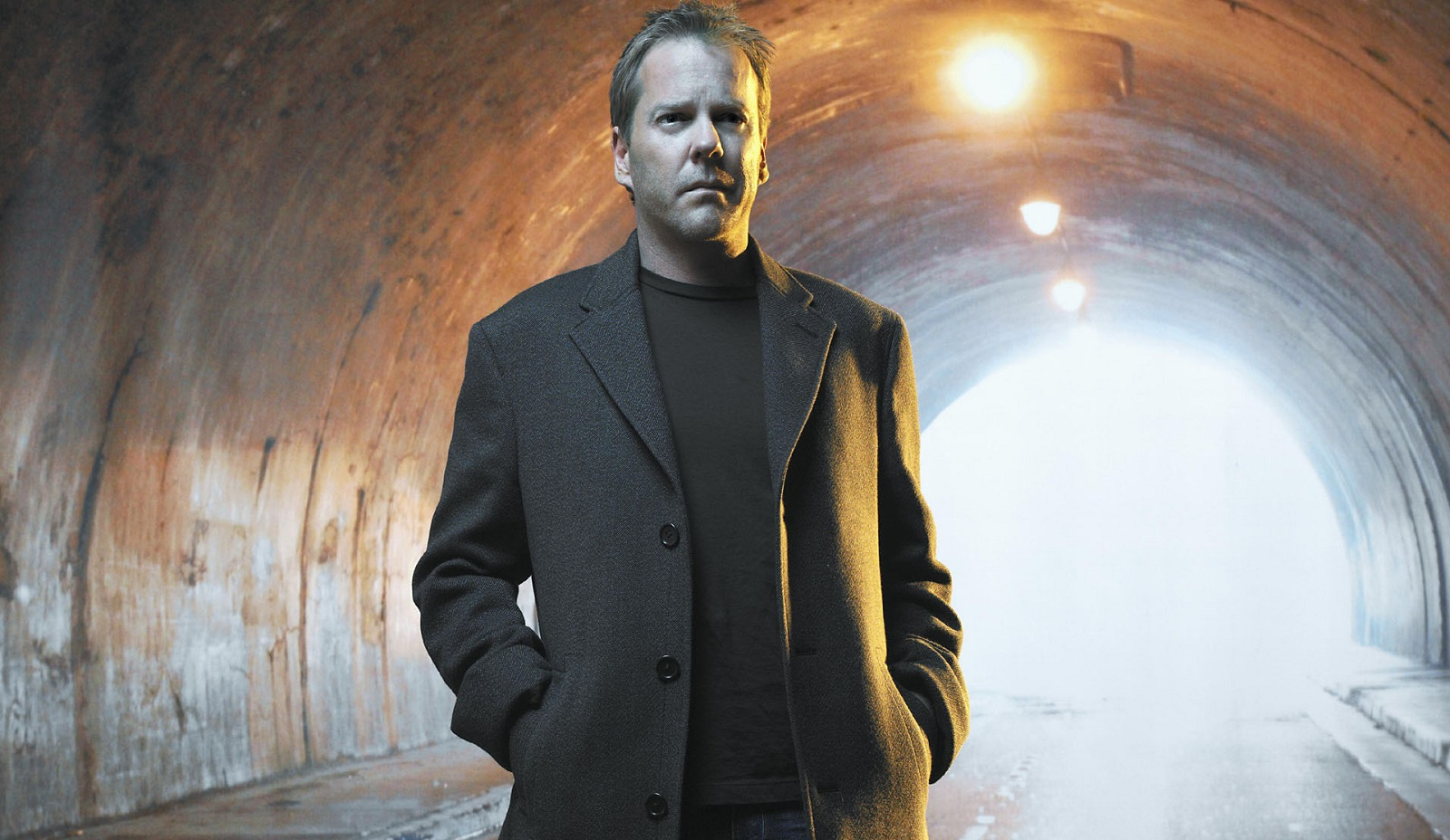 Kiefer Sutherland will perform in concert at Buffalo Iron Works.