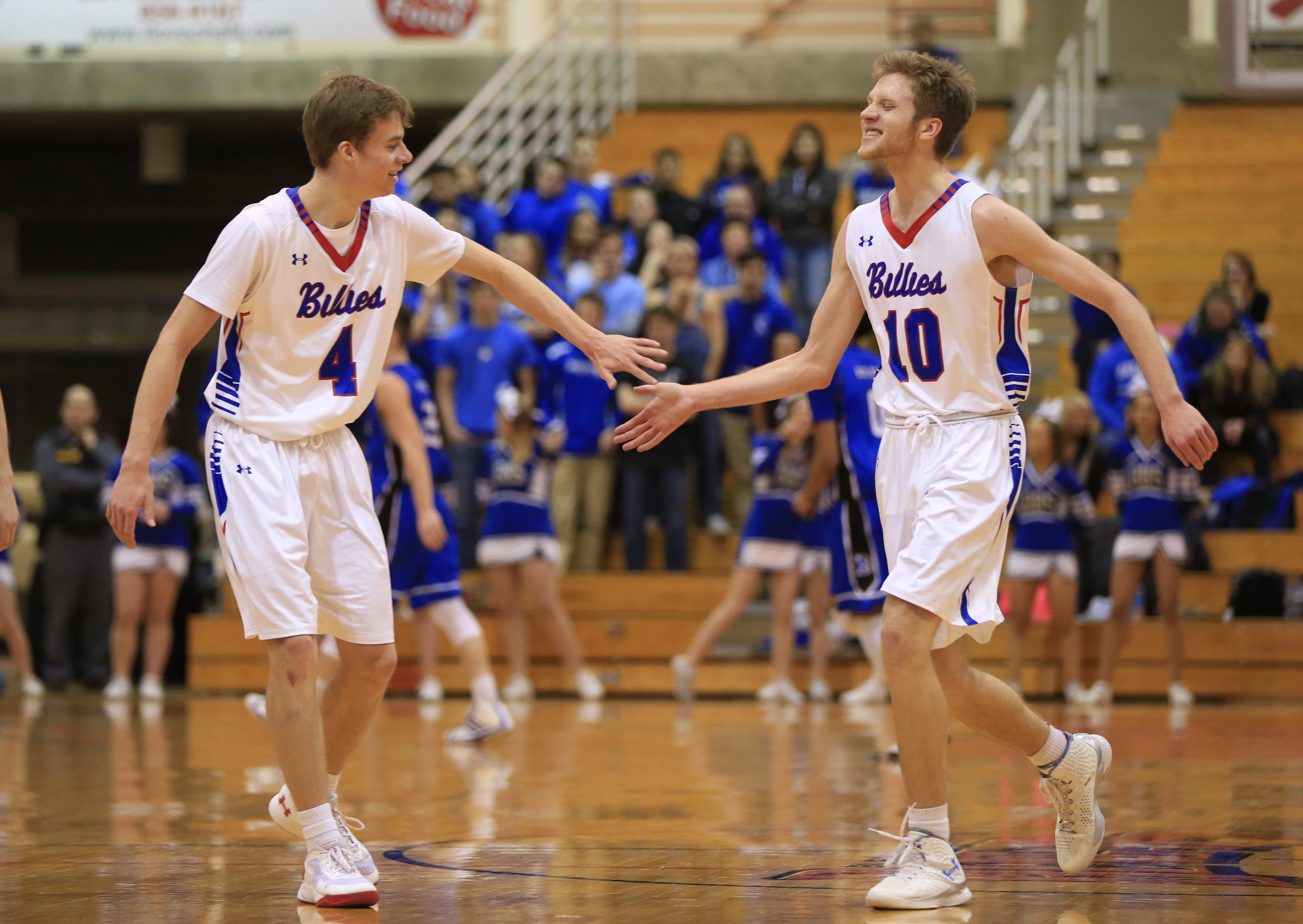 Greg Dolan (4) and his brother, Graham (10) lead Williamsville South into the state Class A final four on Saturday in Glens Falls.