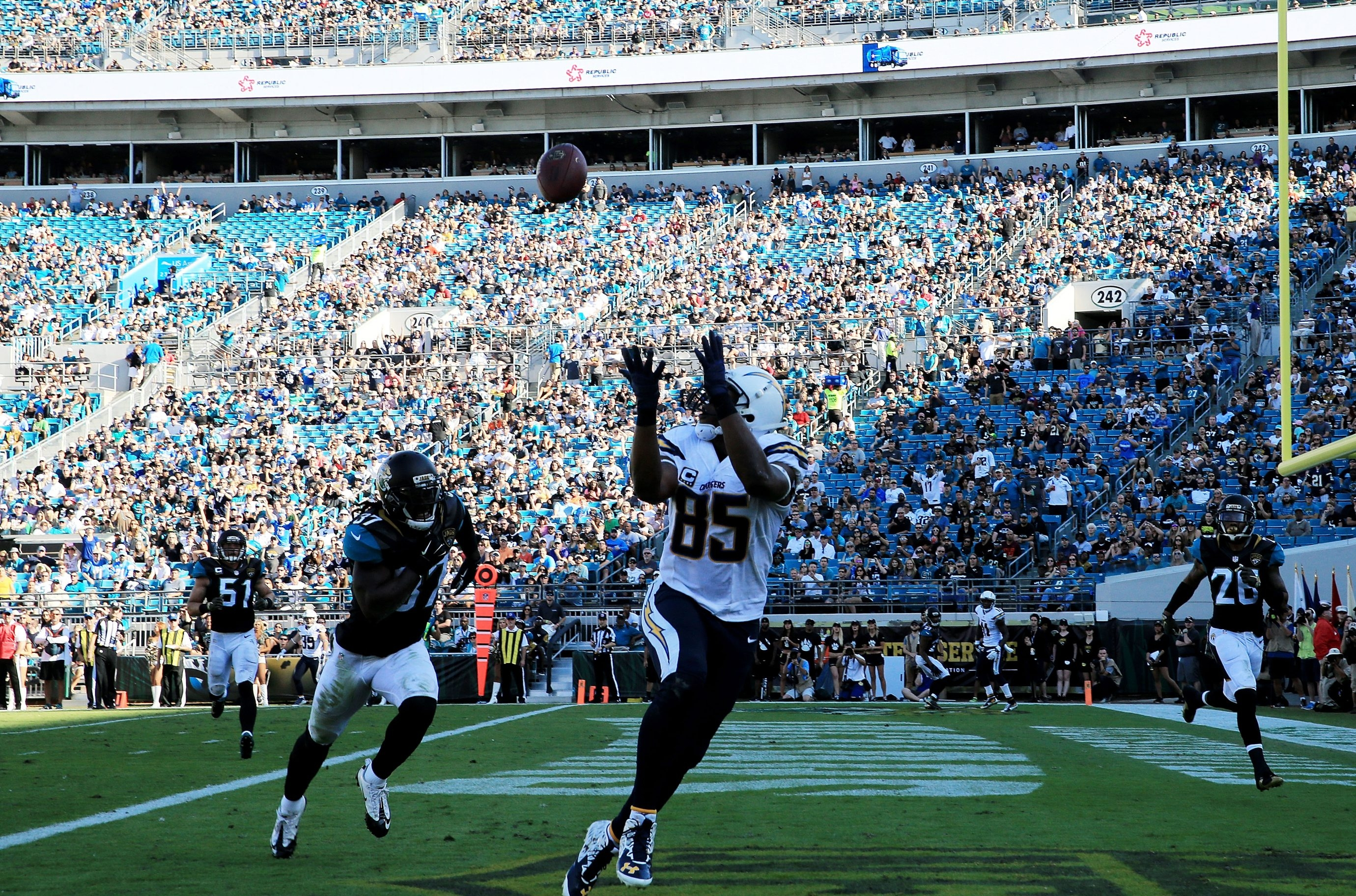 Antonio Gates (85) of the San Diego Chargers scores a touchdown in the second quarter against the Jacksonville Jaguars at EverBank Field on Nov. 29 in Jacksonville, Fla.