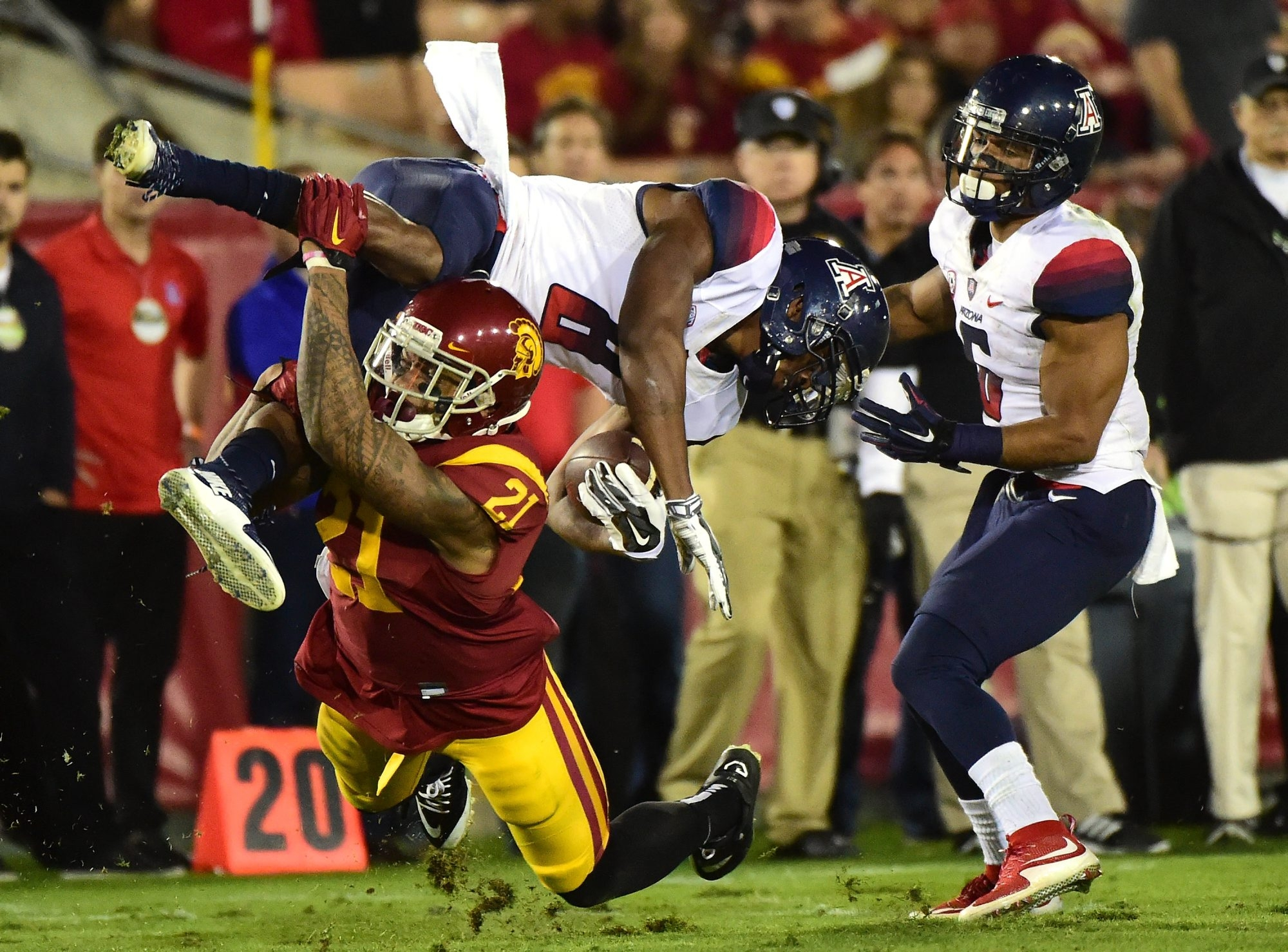 Su'a Cravens needs to bulk up if he's to play linebacker in the NFL, but he consistently made big plays while at USC.
