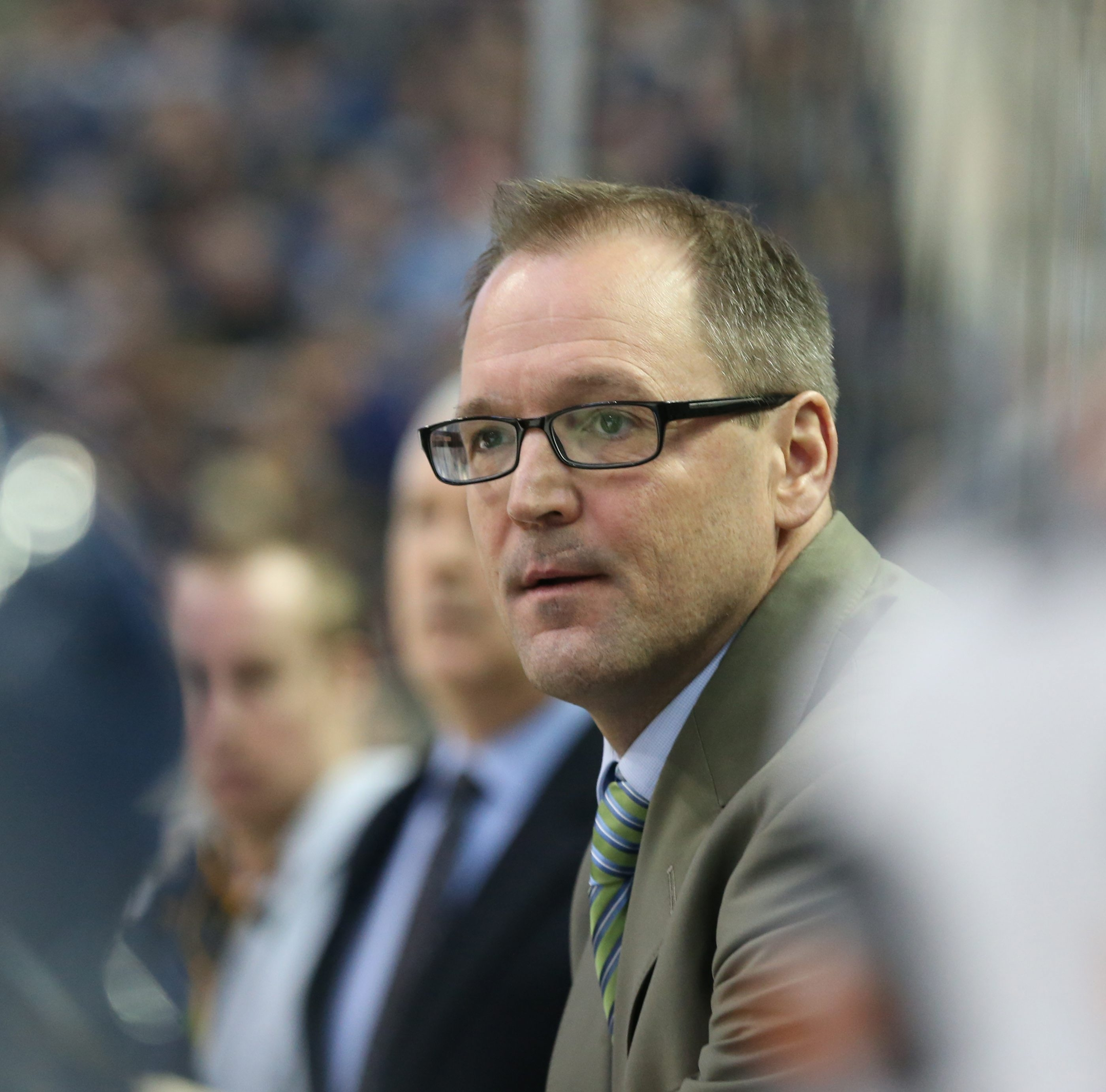 Buffalo Sabres head coach Dan Bylsma talks to his team on the bench in the first period at First Niagara Center in Buffalo,NY on Sunday, Feb. 21, 2016.  (James P. McCoy/ Buffalo News)