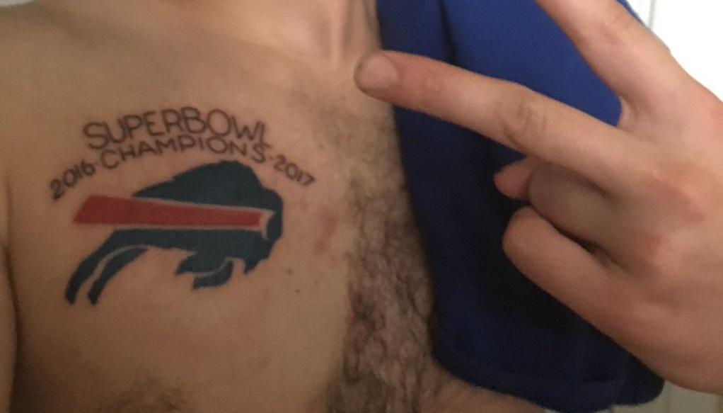 Jon Rinaldo posted an image of his new Bills tattoo on Twitter. (via @jonathanrinaldo)