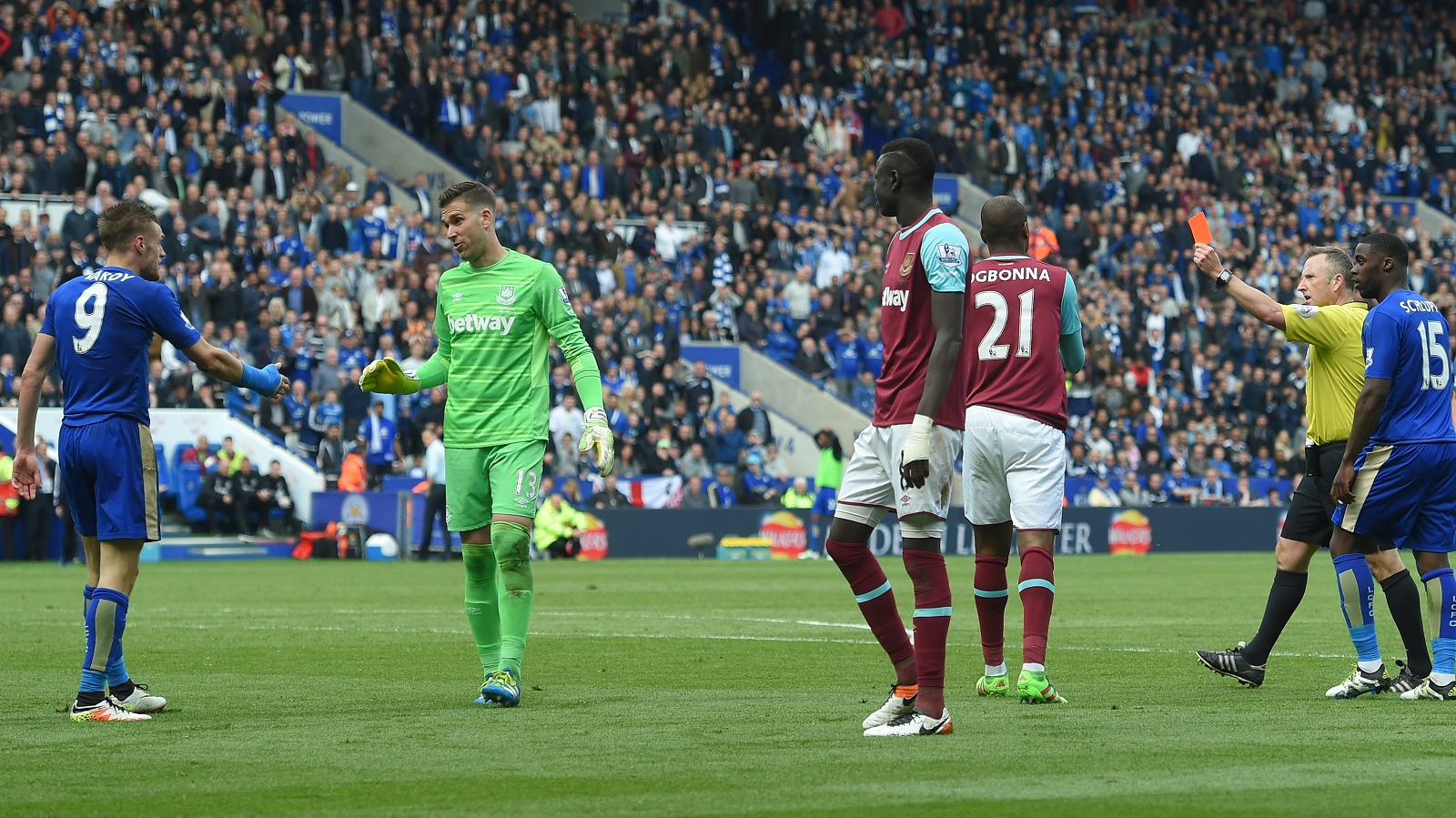 Jamie Vardy's yellow card, his second of the game, for diving is among the big topics on 'The Football Club of Buffalo Show.' (Getty Images)