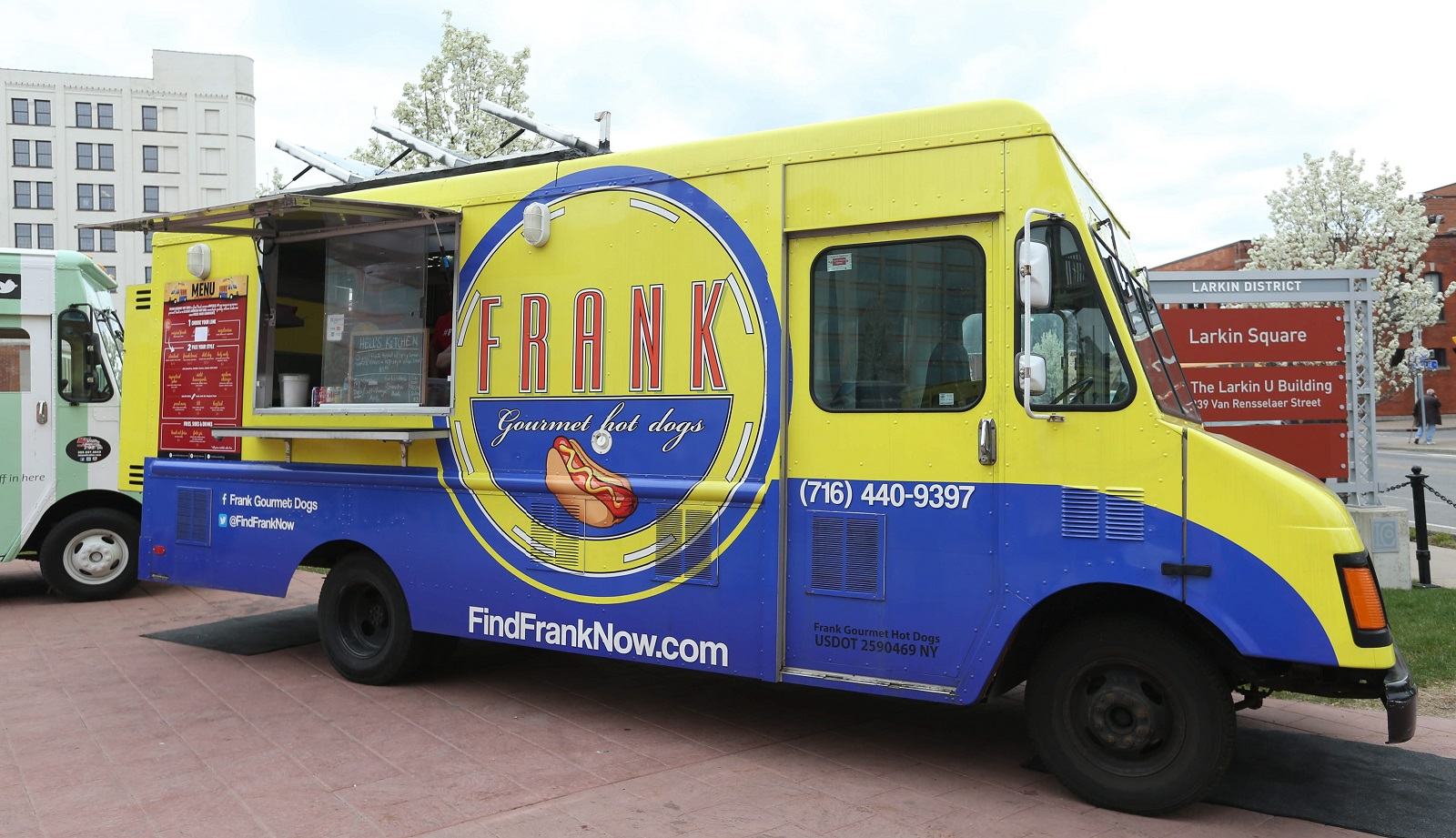 Frank Gourmet Hot Dogs Parked At Food Truck Tuesday Sharon Cantillon Buffalo News