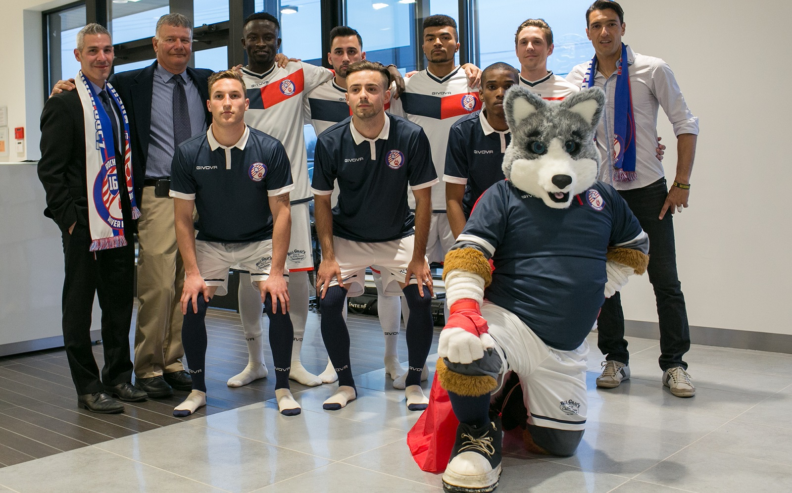 The Rochester River Dogz showed off their new kits in April. (Credit: Mike Bradley Photography)