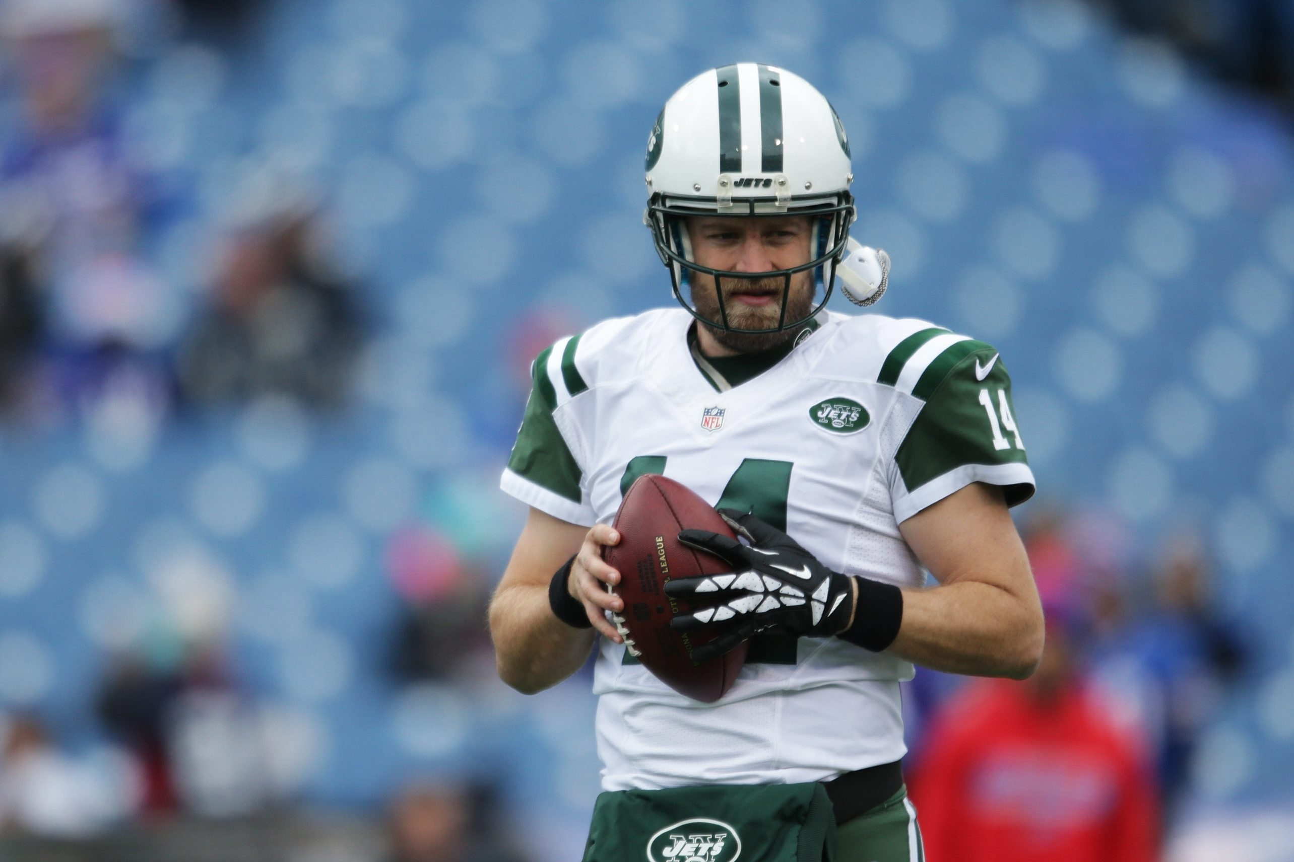 Ryan Fitzpatrick would regret retiring and should accept the Jets' contract offer, even if he thinks its too low.