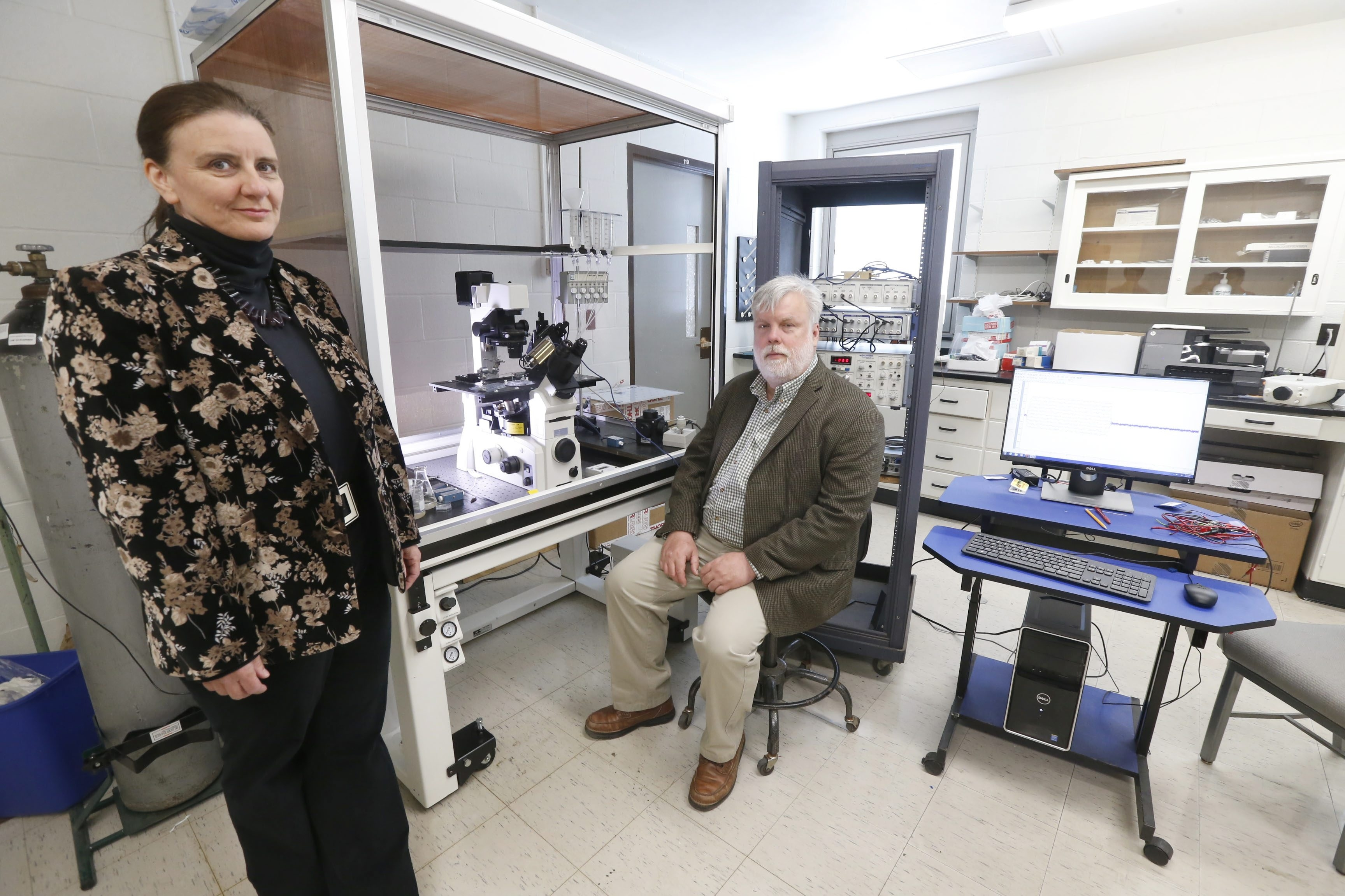 The team leaders at Cytocybernetics in Sherman Hall on UB's south campus are  Glenna Bett, CEO, left, and Randall Rasmusson, president.  (Robert Kirkham/Buffalo News)