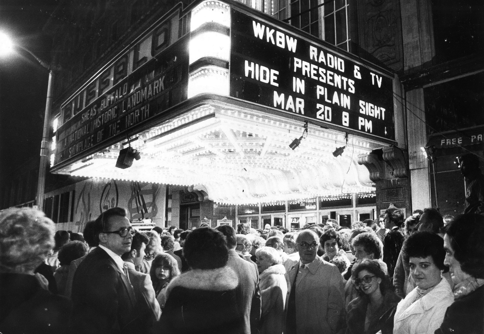 "Spectators moved into Shea's Buffalo Theater on March 21, 1980, for the East Coast premiere of ""Hide In Plain Sight."" (Buffalo News file photo)"