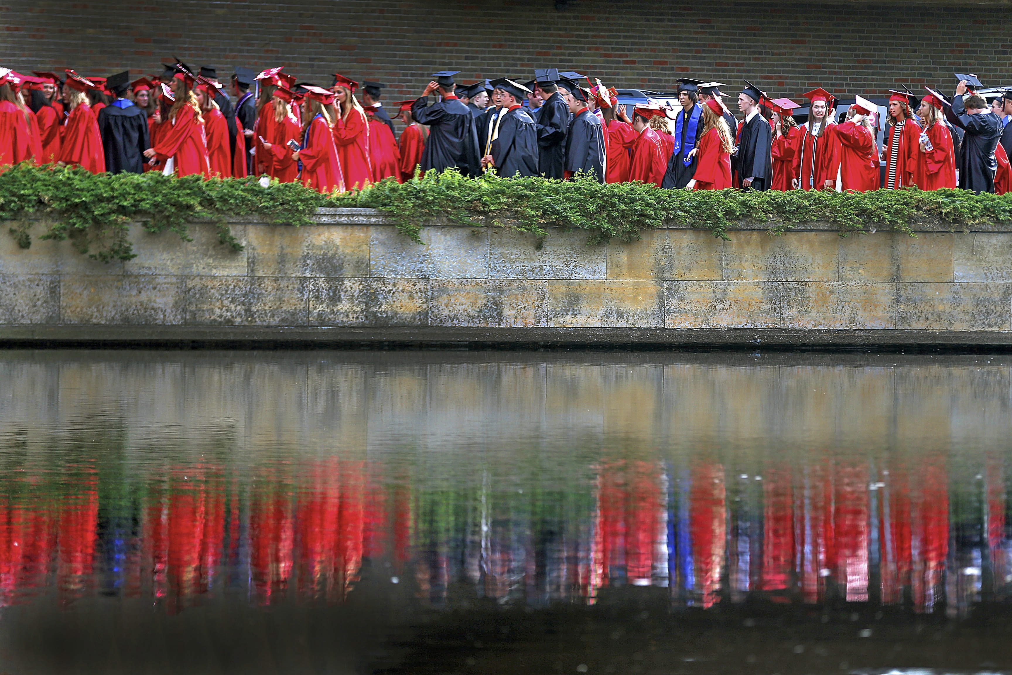 why i want my kids to major in english the buffalo news the reflecting pool outside of kleinhans music hall last prior to graduation ceremonies for many students choosing a college major is difficult