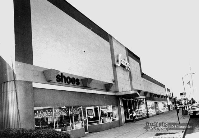 The Sample, Hertel Avenue, 1990. Buffalo News archives